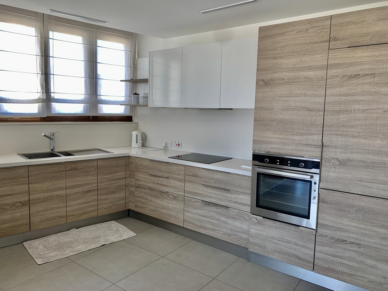 2 bed Penthouse For Rent in St Julian's, St Julian's - thumb 8