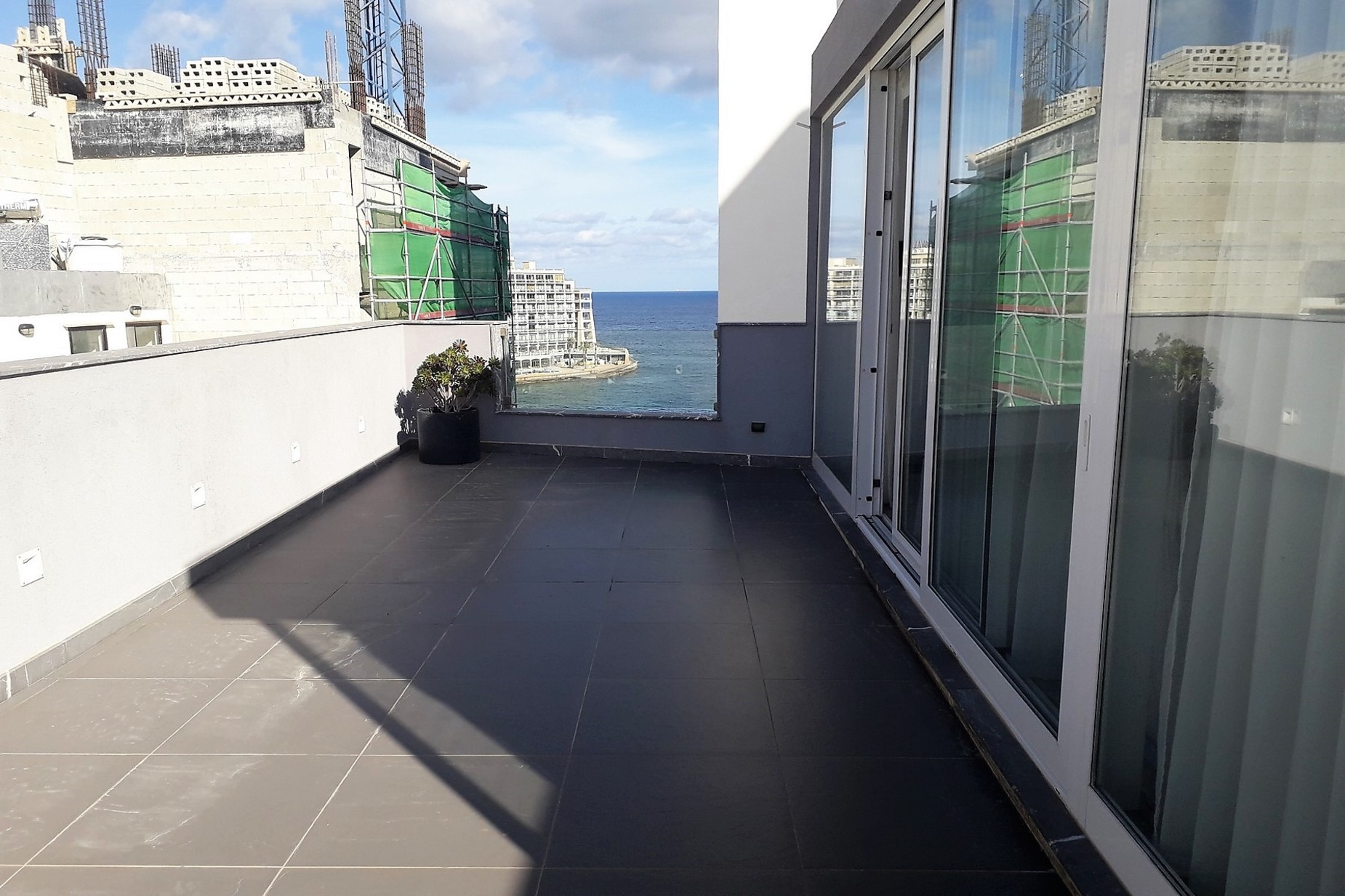 2 bed Penthouse For Rent in St Julian's, St Julian's - thumb 14