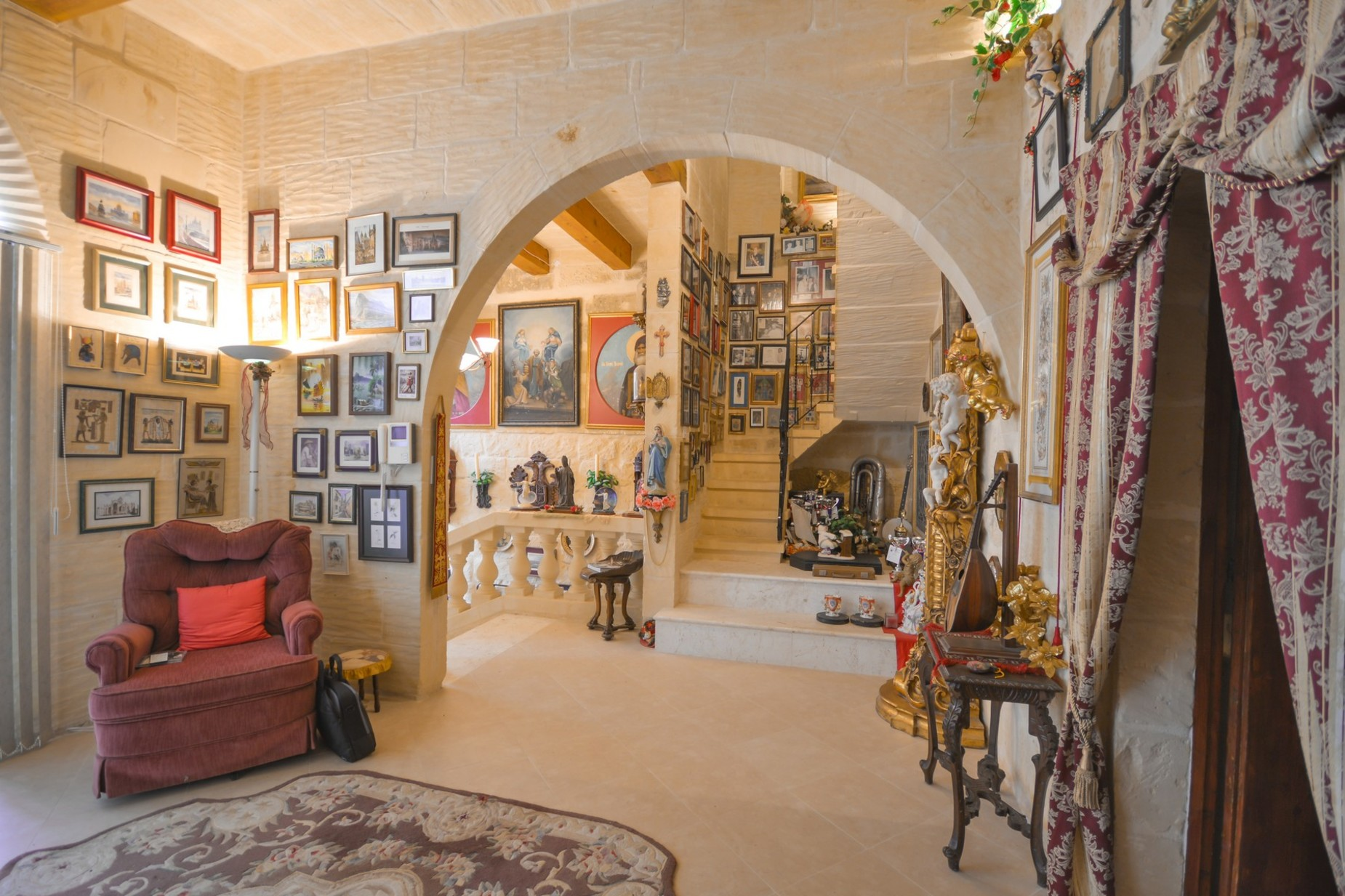 4 bed House of Character For Rent in Gharb, Gharb - thumb 4