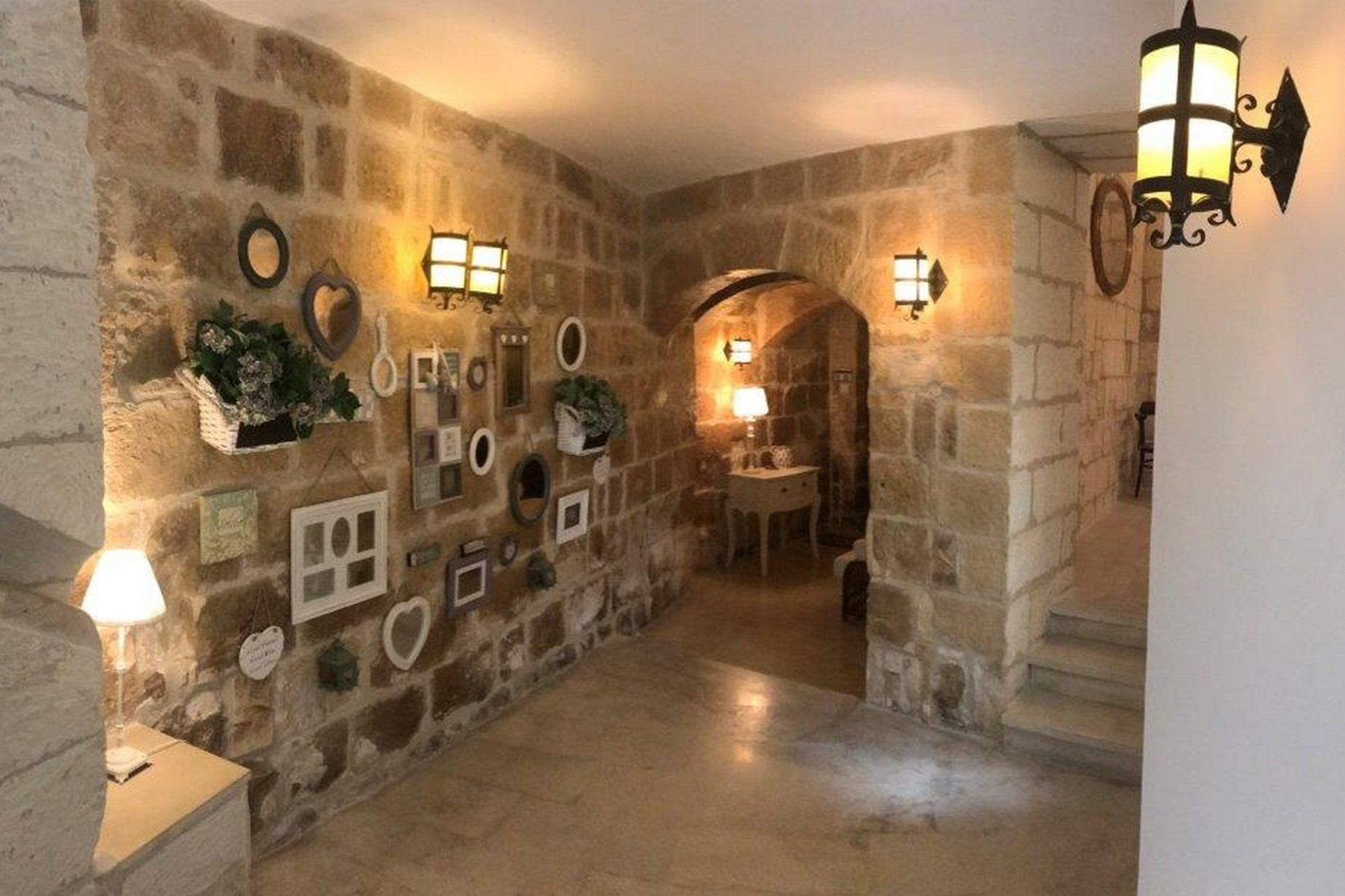 4 bed House of Character For Rent in Naxxar, Naxxar - thumb 9