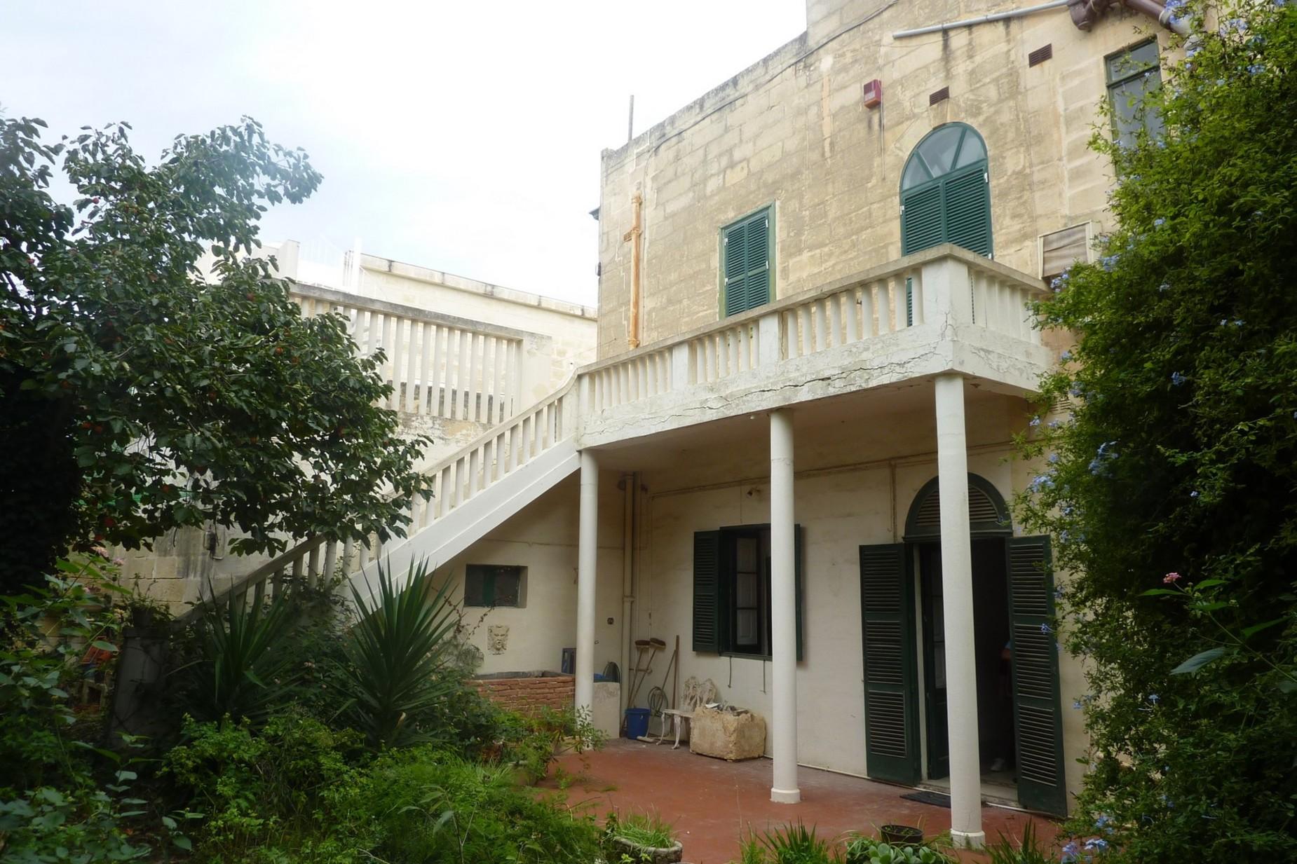 4 bed Town House For Sale in Ta' Xbiex, Ta' Xbiex - thumb 11