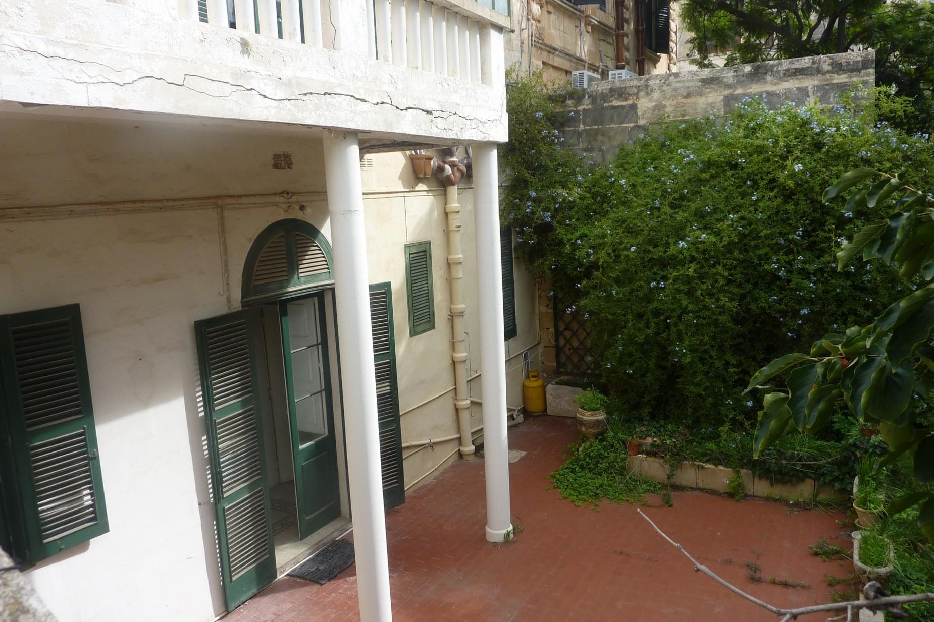 4 bed Town House For Sale in Ta' Xbiex, Ta' Xbiex - thumb 12