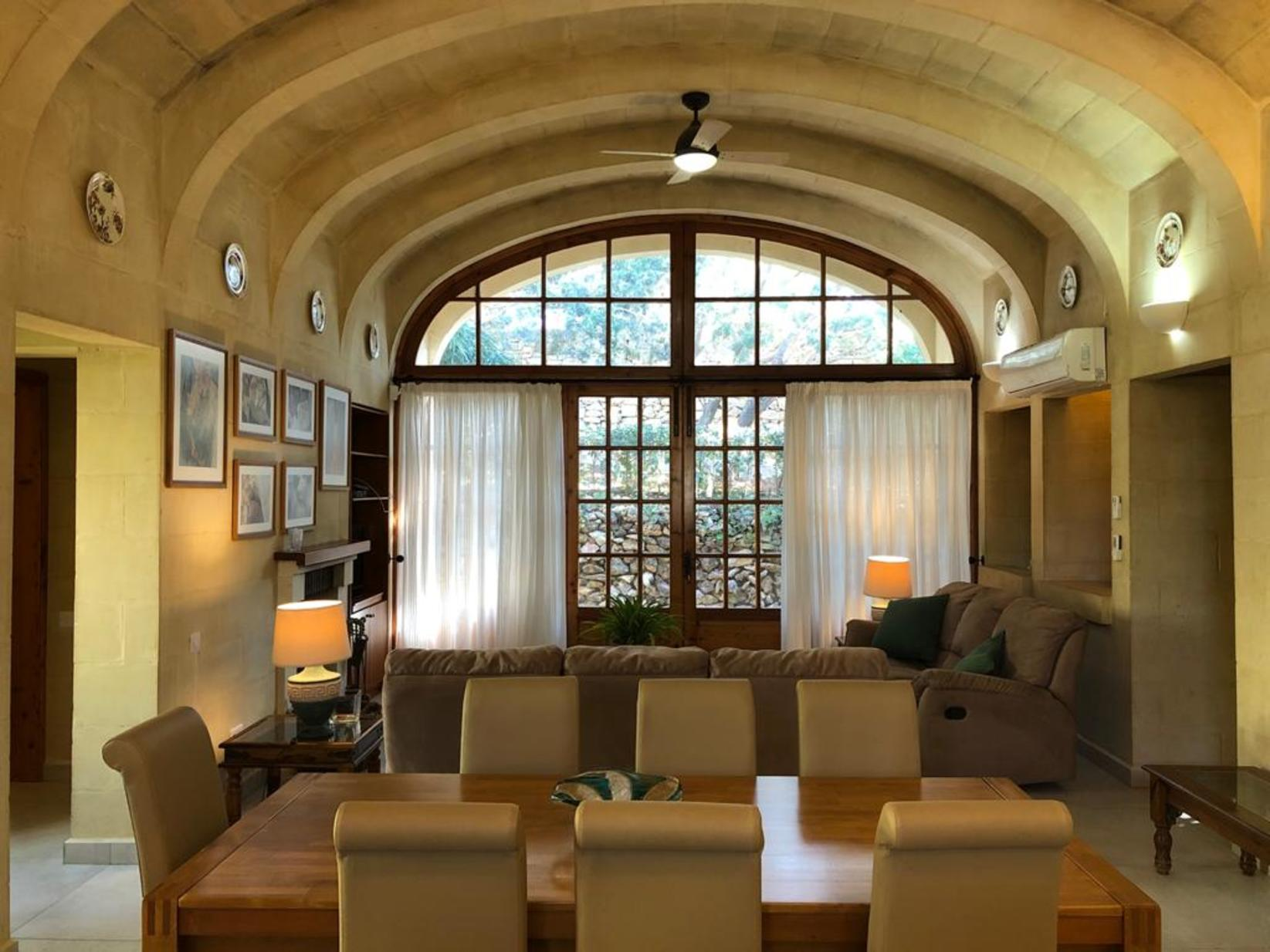 3 bed Villa For Rent in Naxxar, Naxxar - thumb 7