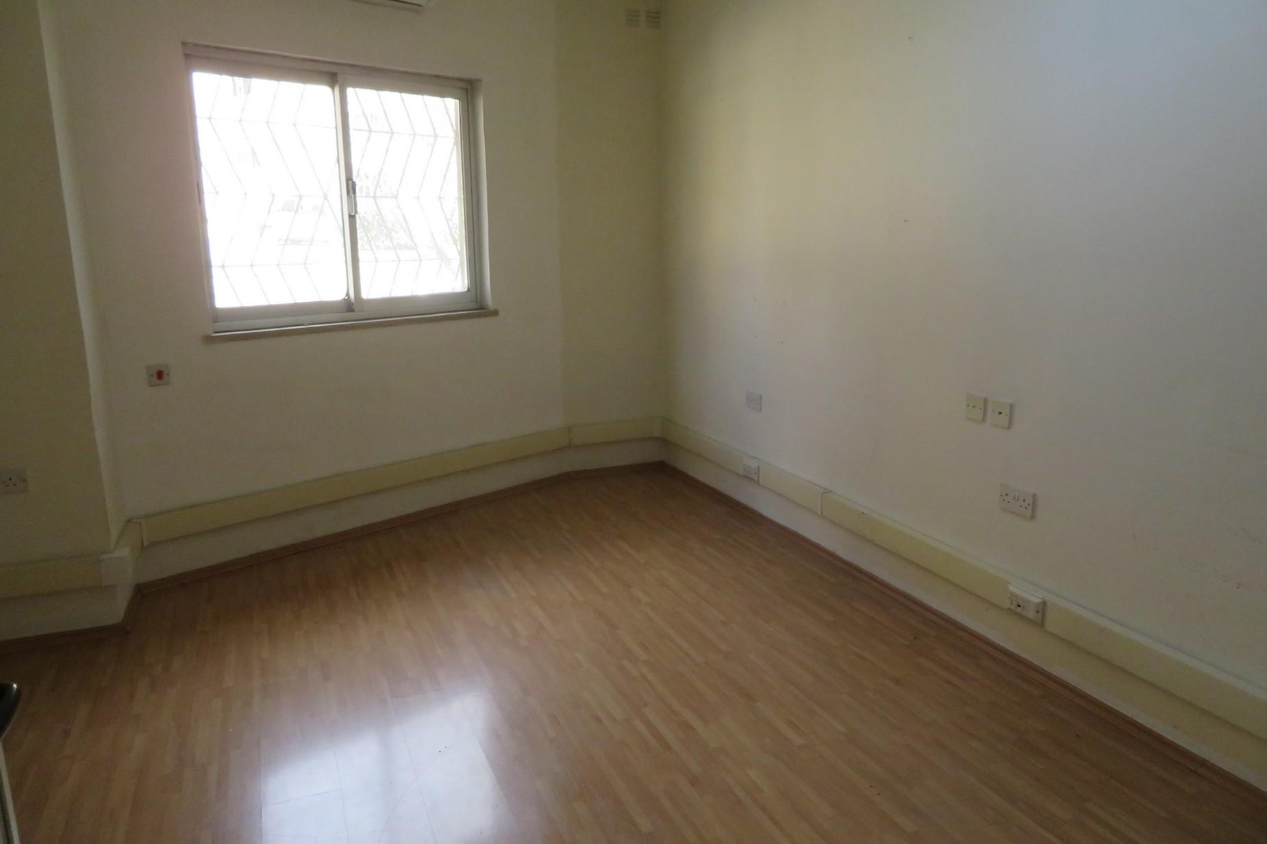 0 bed Office For Rent in Ta' Xbiex, Ta' Xbiex - thumb 5
