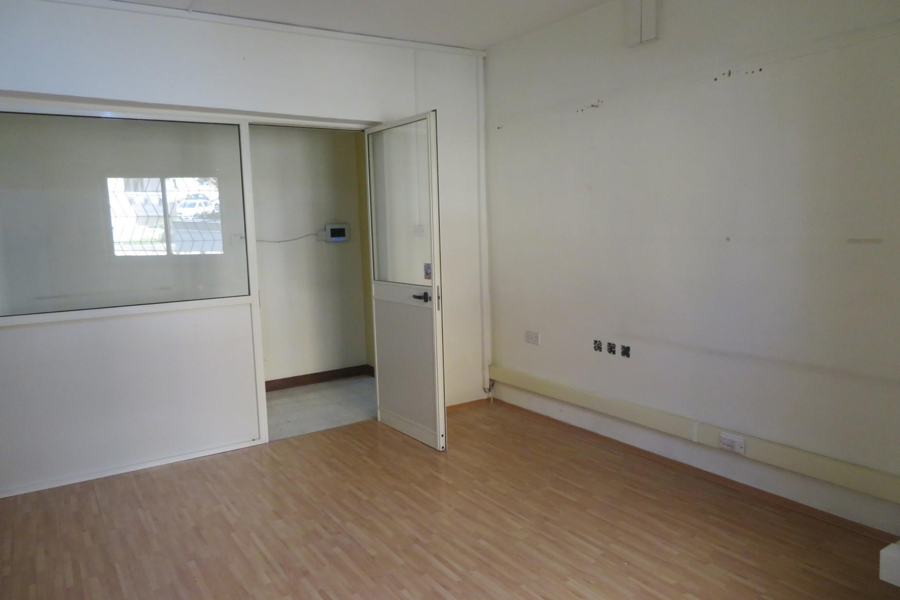 0 bed Office For Rent in Ta' Xbiex, Ta' Xbiex - thumb 6