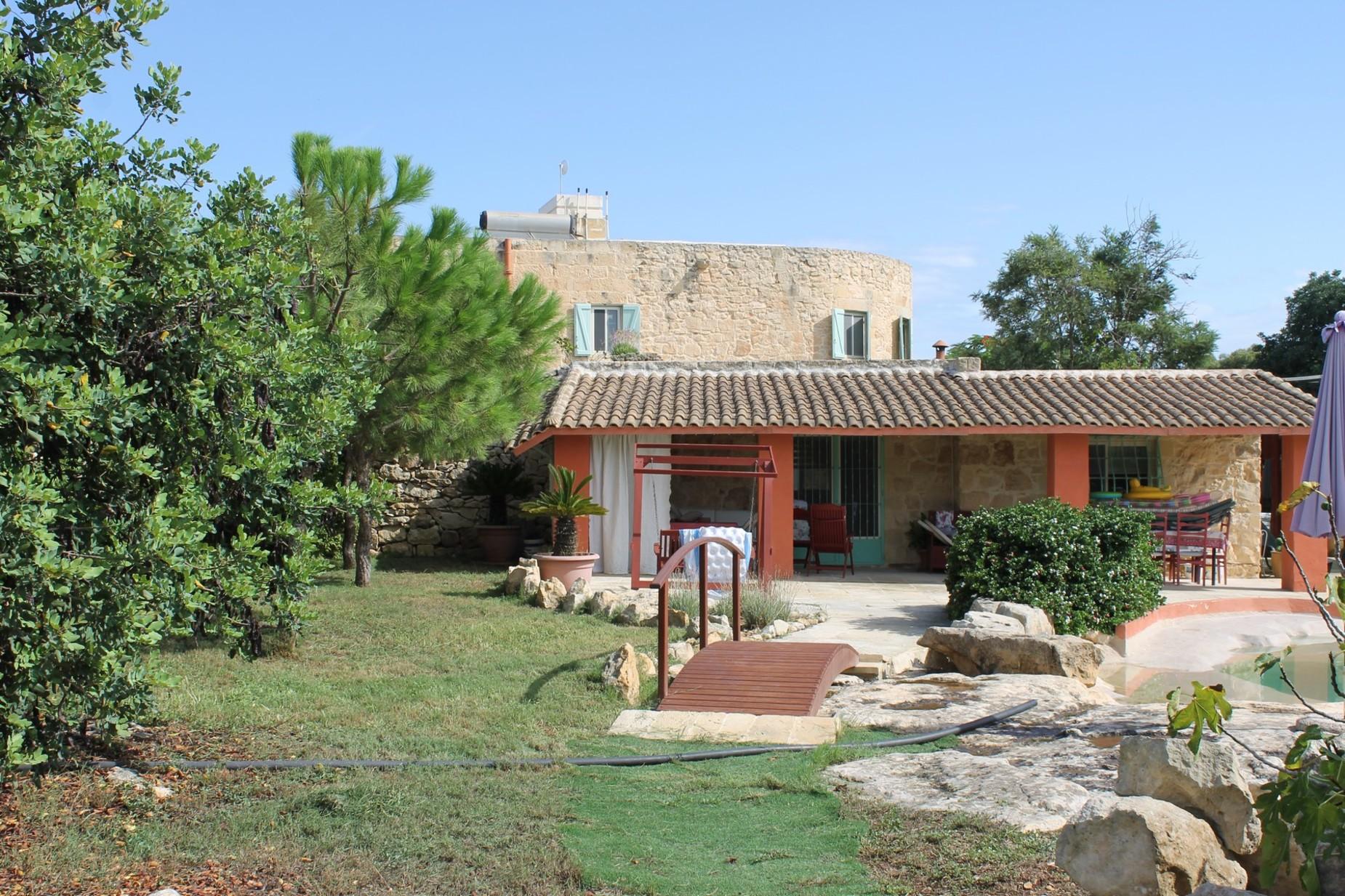 4 bed Villa For Sale in Zurrieq, Zurrieq - thumb 2