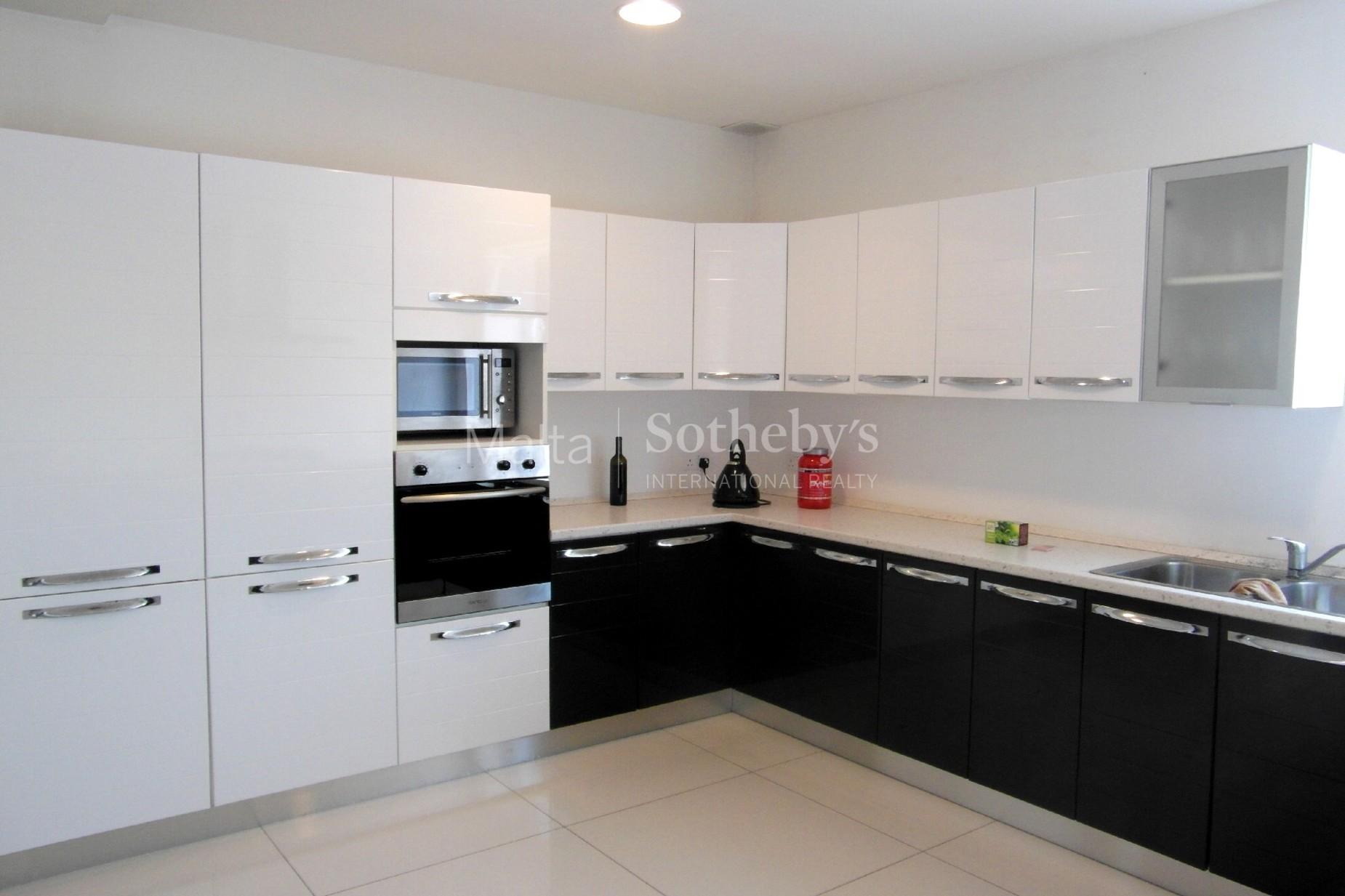 3 bed Villa For Rent in Naxxar, Naxxar - thumb 4