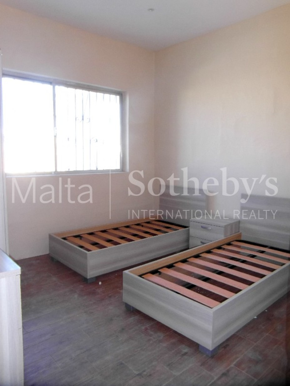 3 bed Maisonette For Rent in St Julian's, St Julian's - thumb 6