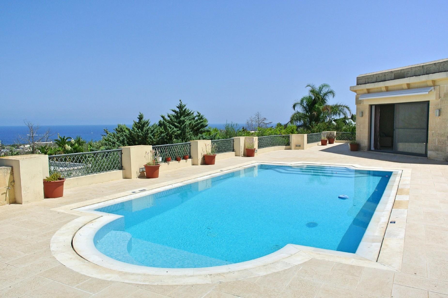 4 bed Villa For Rent in Bahar ic-Caghaq, Bahar ic-Caghaq - thumb 2