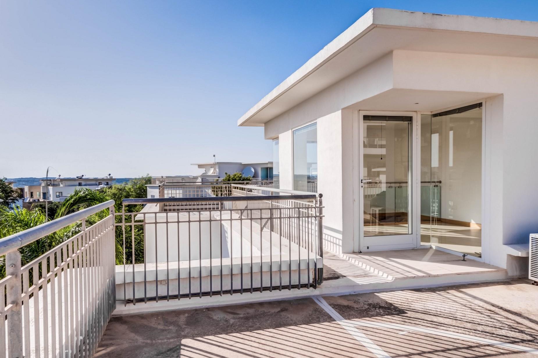 4 bed Villa For Rent in Naxxar, Naxxar - thumb 6