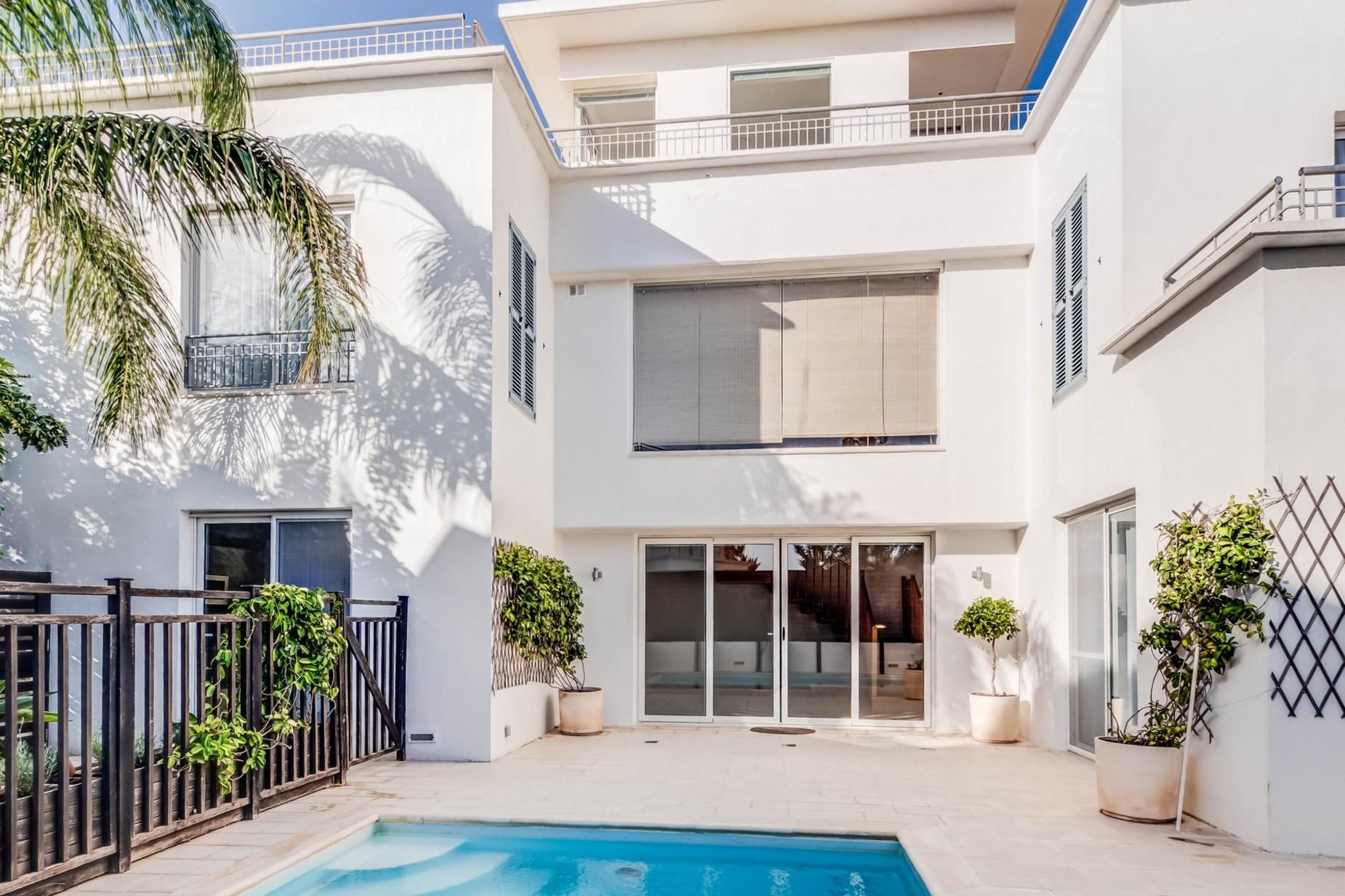 4 bed Villa For Rent in Naxxar, Naxxar - thumb 2