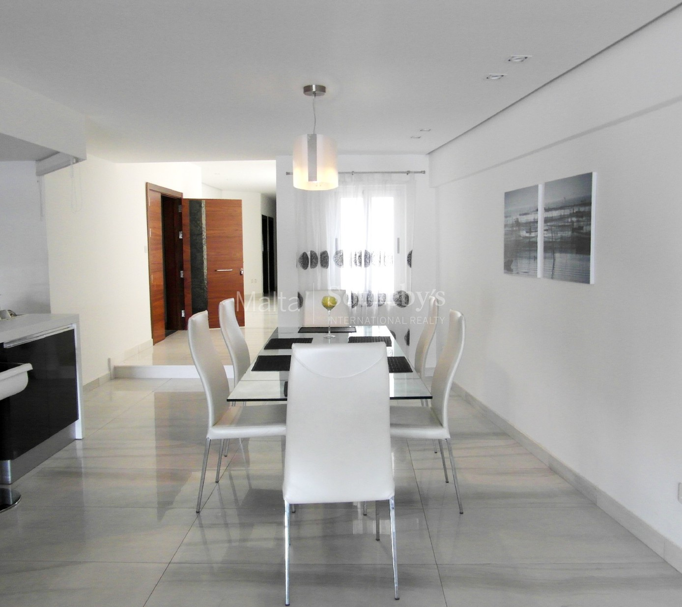 3 bed Apartment For Rent in Ta' Xbiex, Ta' Xbiex - thumb 3