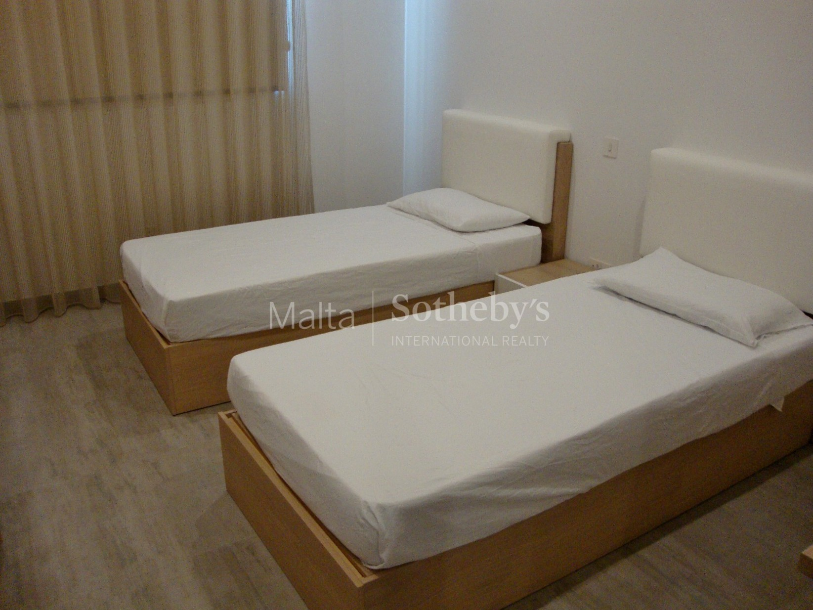 3 bed Penthouse For Rent in Sliema, Sliema - thumb 2