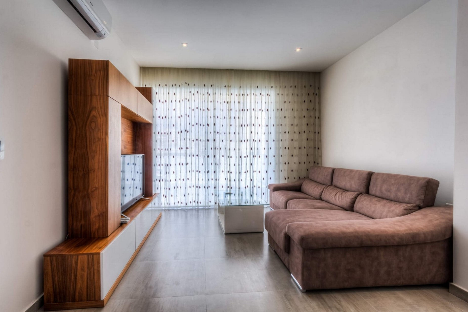 3 bed Penthouse For Rent in Gzira, Gzira - thumb 3