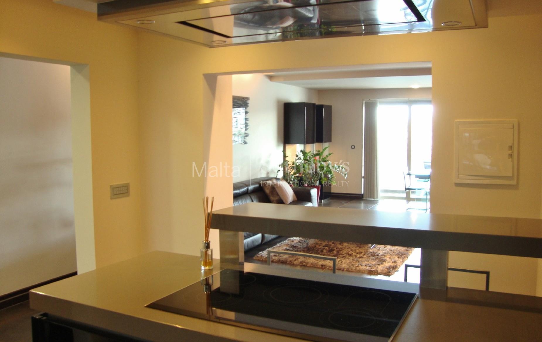 2 bed Apartment For Rent in Marsascala, Marsascala - thumb 4