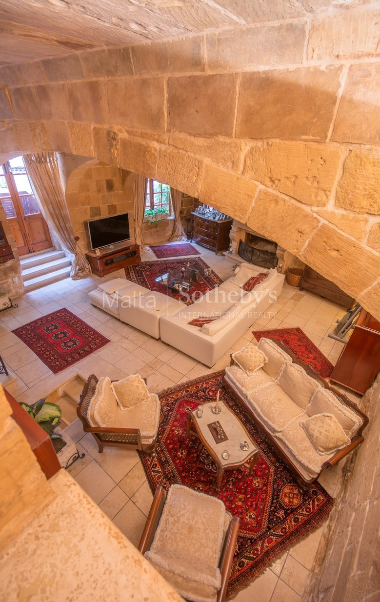 4 bed House of Character For Sale in Birkirkara, Birkirkara - thumb 6
