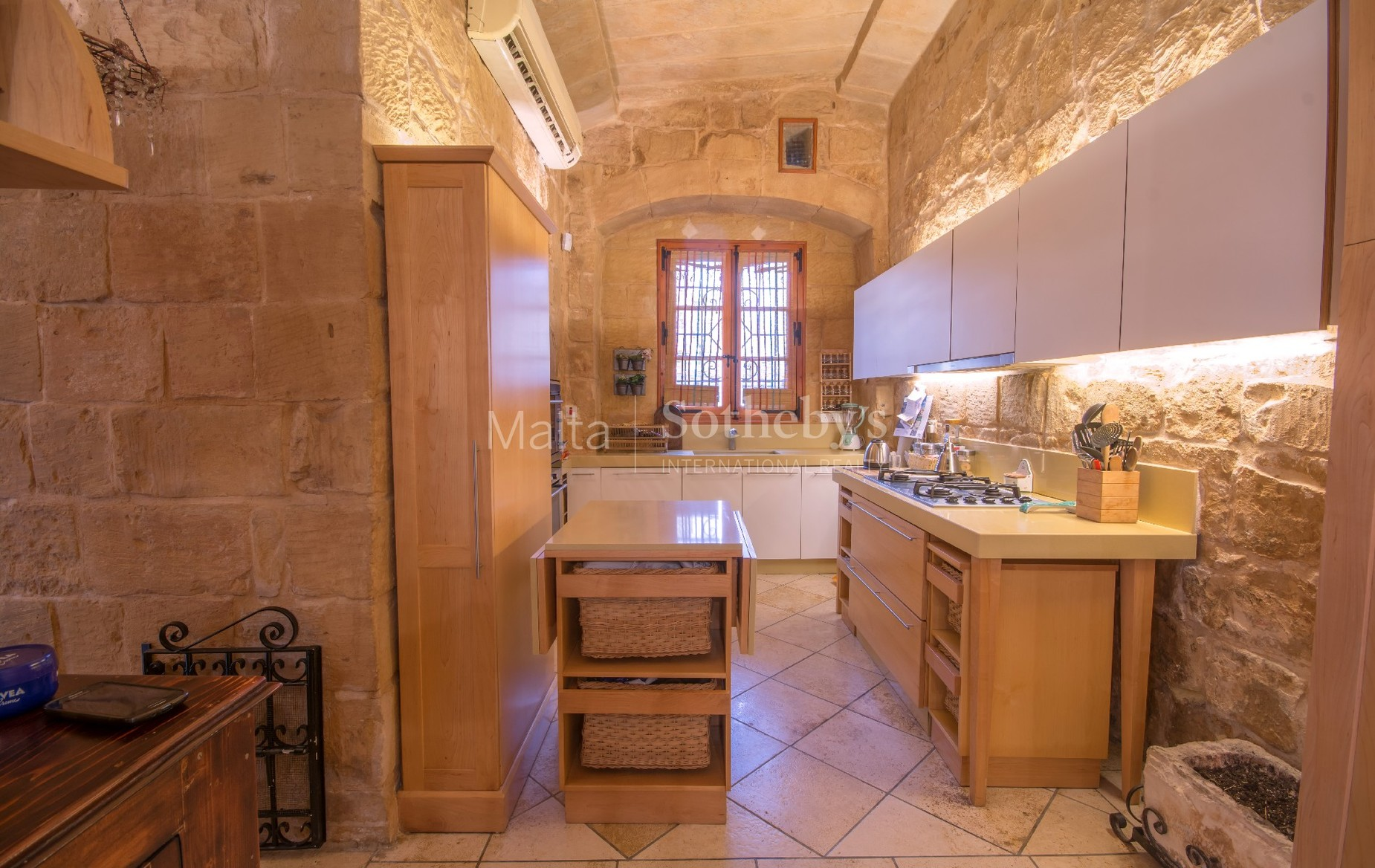 4 bed House of Character For Sale in Birkirkara, Birkirkara - thumb 9