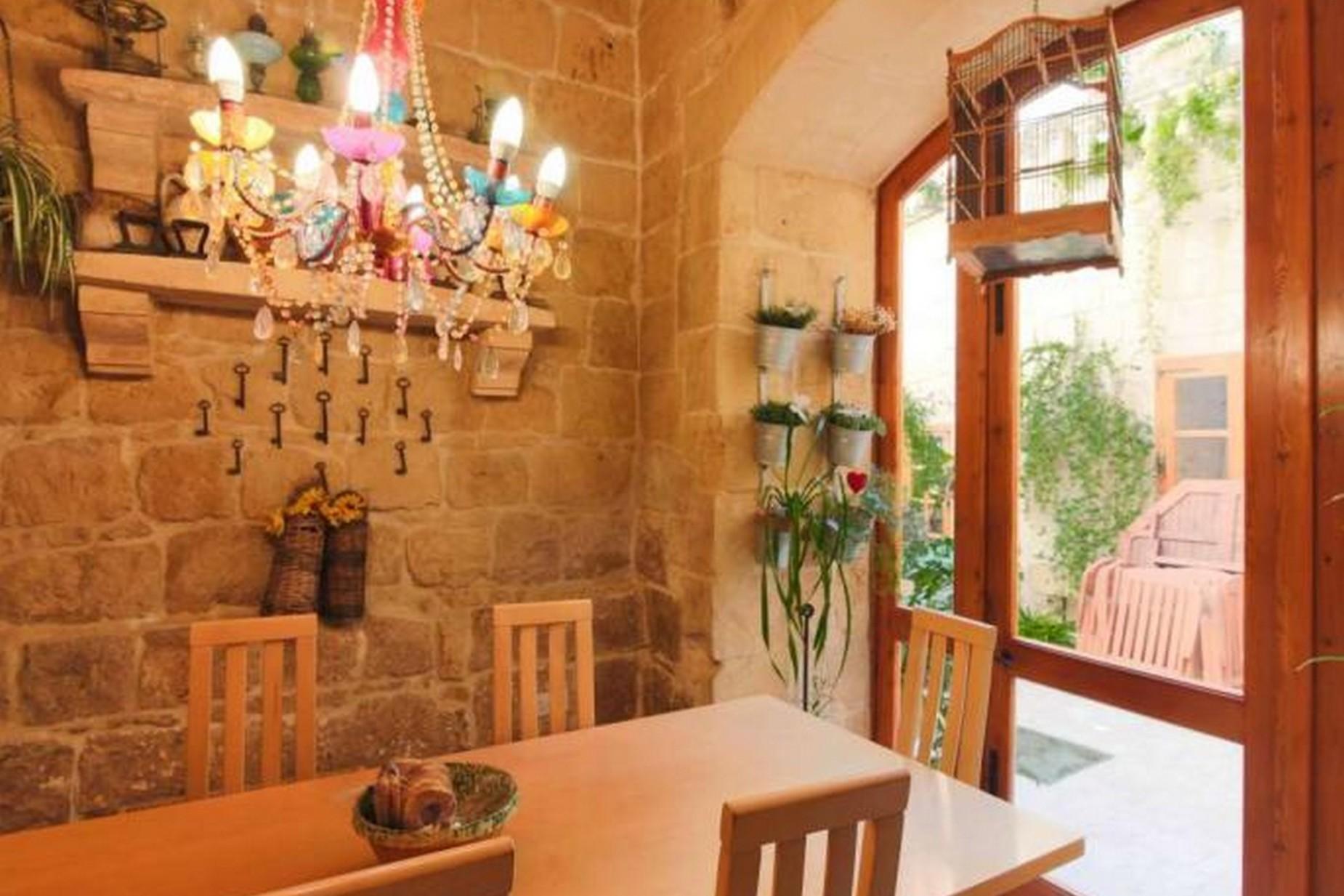 4 bed House of Character For Rent in Birkirkara, Birkirkara - thumb 3