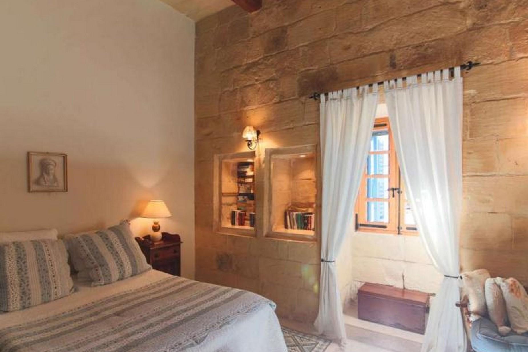 4 bed House of Character For Rent in Birkirkara, Birkirkara - thumb 9