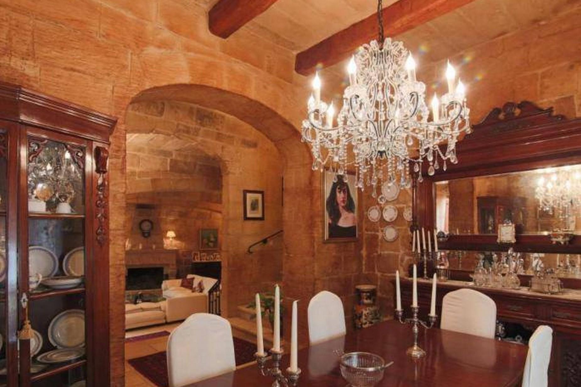 4 bed House of Character For Rent in Birkirkara, Birkirkara - thumb 5