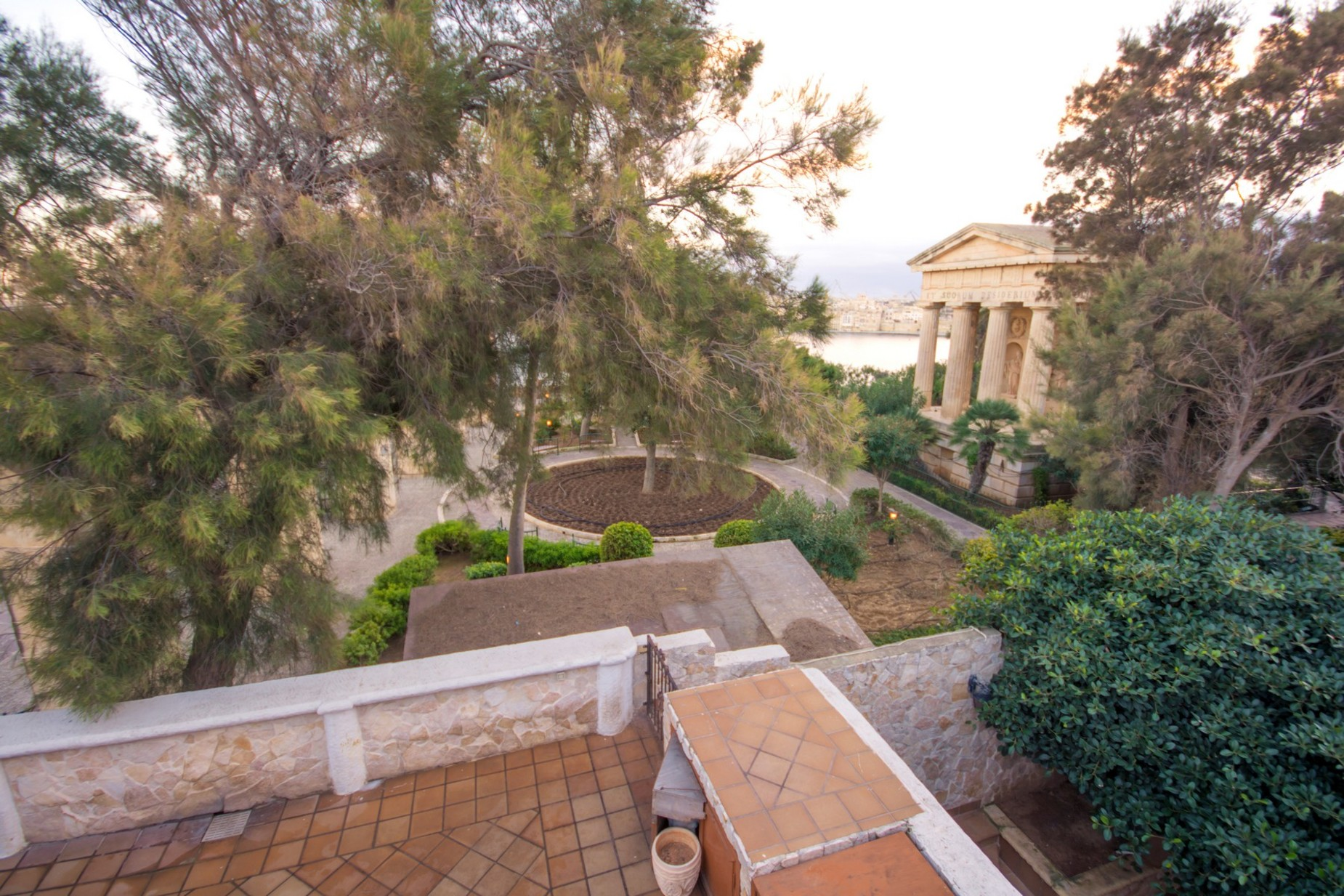 7 bed House of Character For Sale in Valletta, Valletta - thumb 2