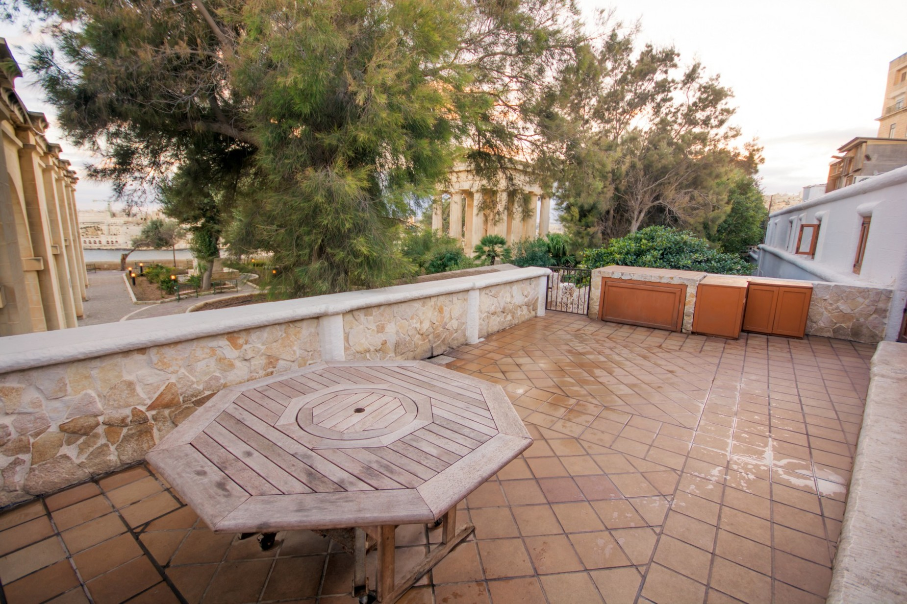 7 bed House of Character For Sale in Valletta, Valletta - thumb 6