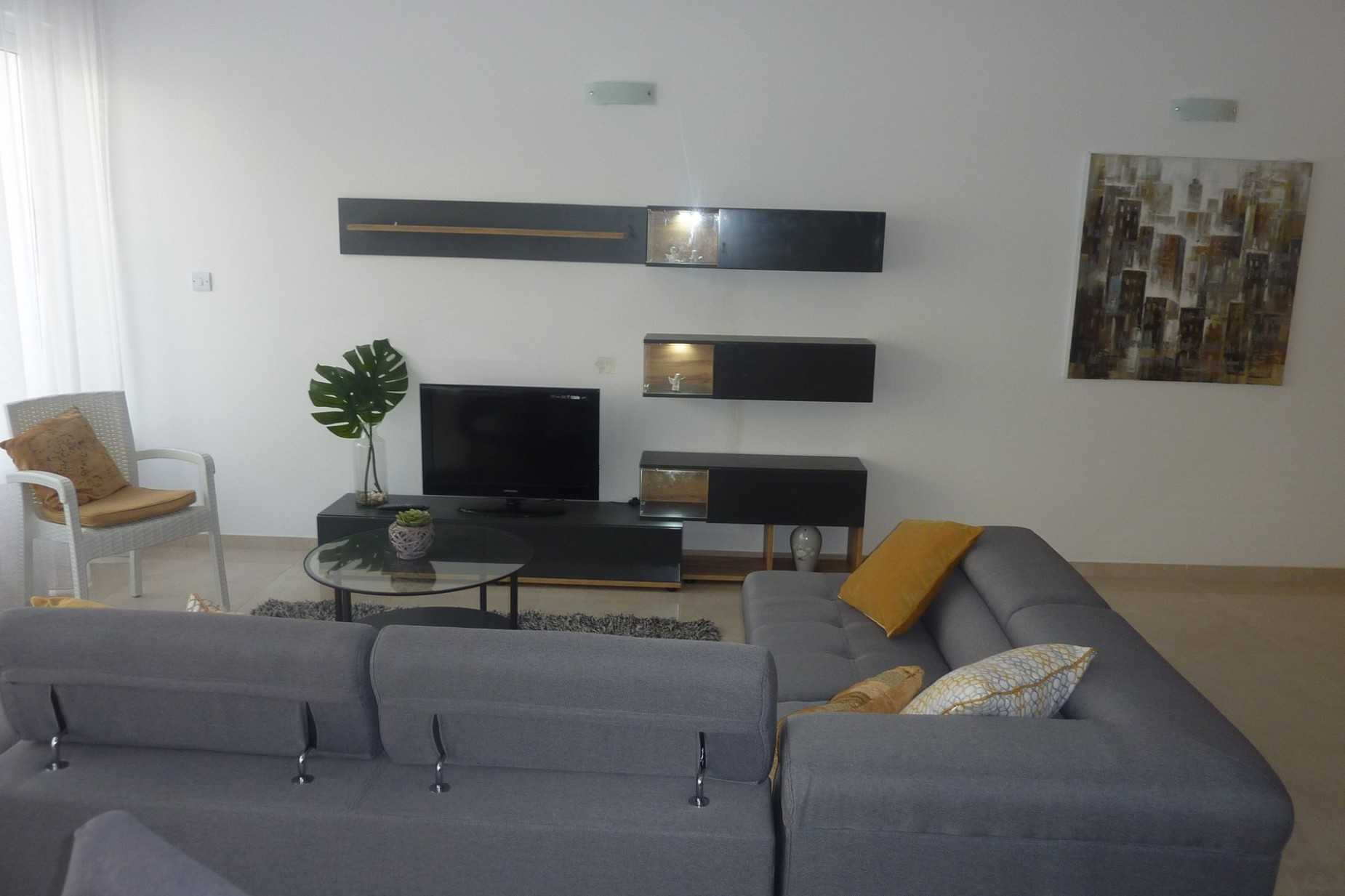 2 bed Apartment For Rent in St Julian's, St Julian's - thumb 5