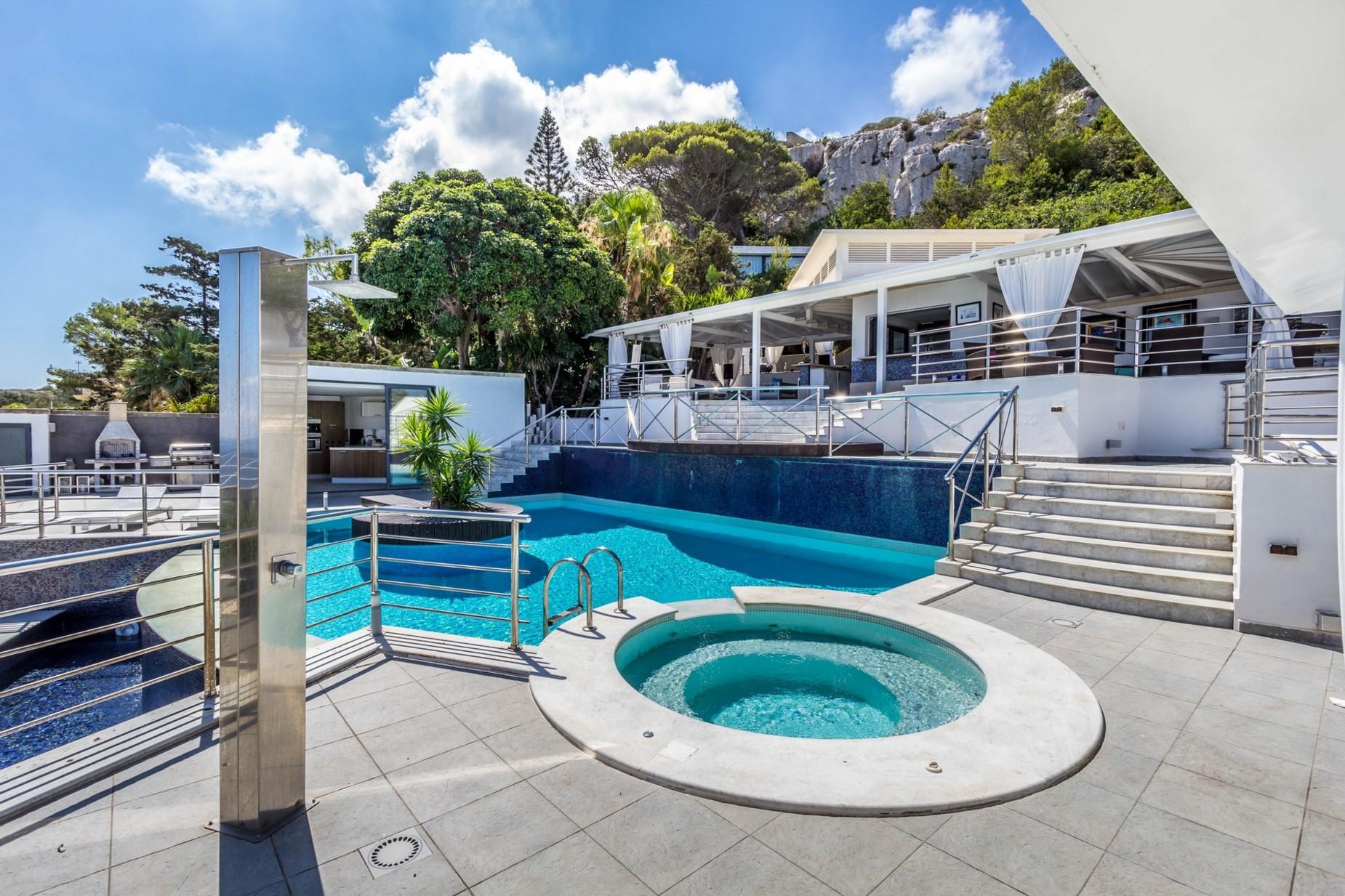 5 bed Villa For Sale in Mellieha, Mellieha - thumb 9