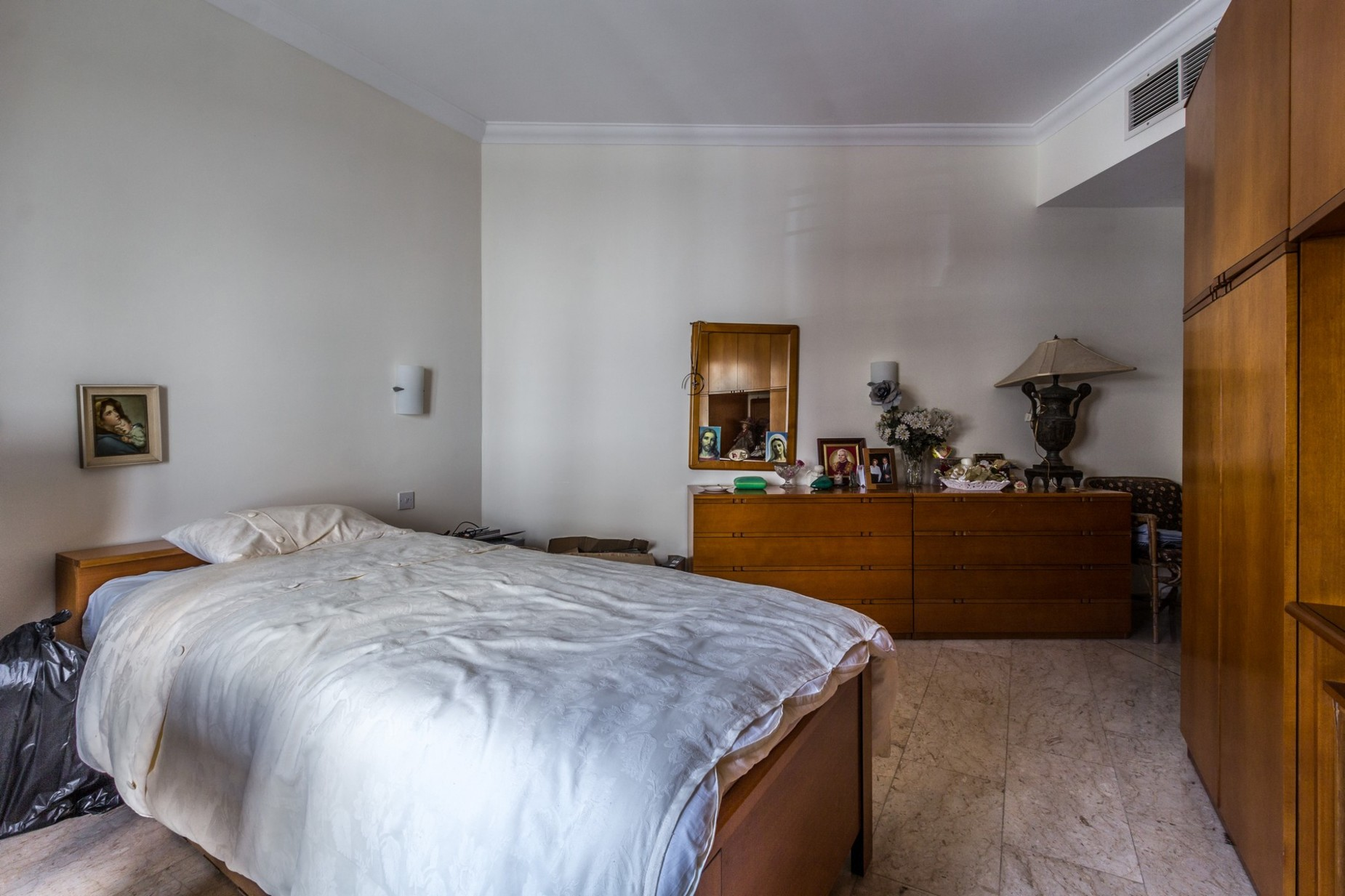3 bed Apartment For Sale in St Julian's, St Julian's - thumb 7