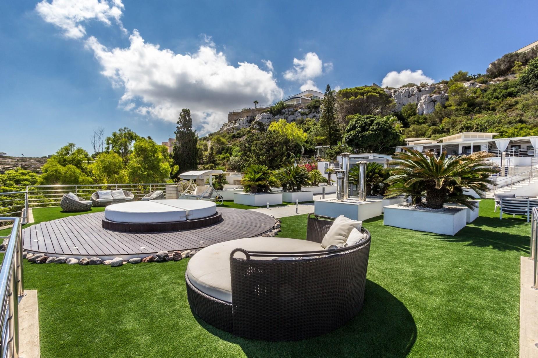 4 bed Villa For Rent in Mellieha, Mellieha - thumb 2