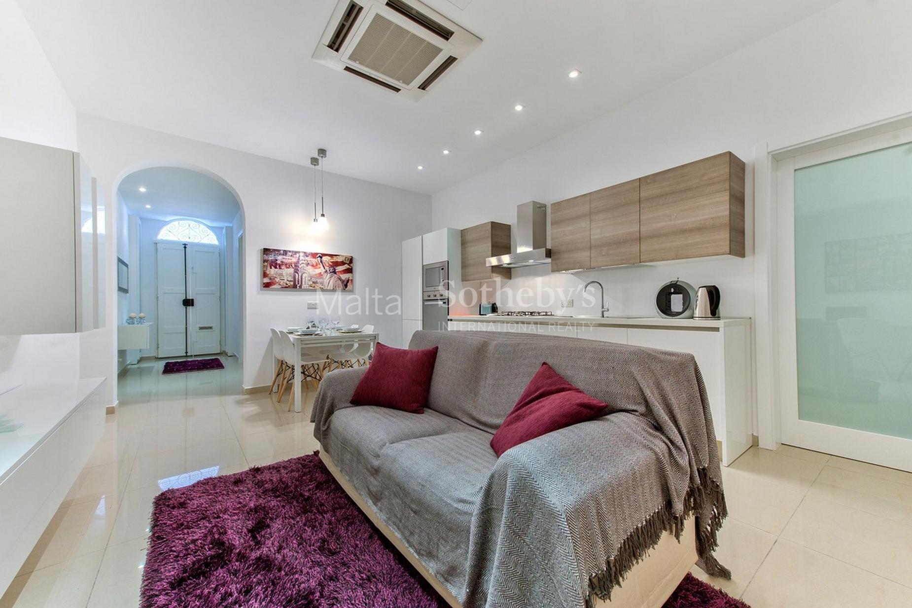 3 bed Maisonette For Sale in Sliema, Sliema - thumb 2