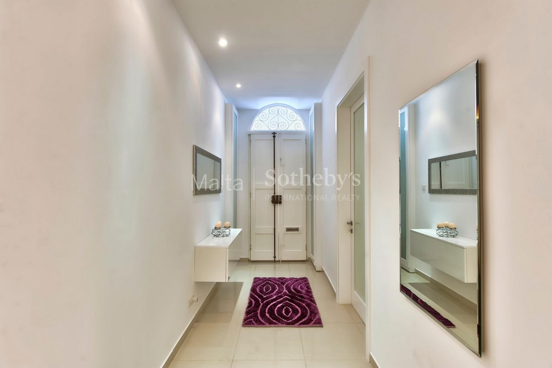 3 bed Maisonette For Rent in Sliema, Sliema - thumb 10