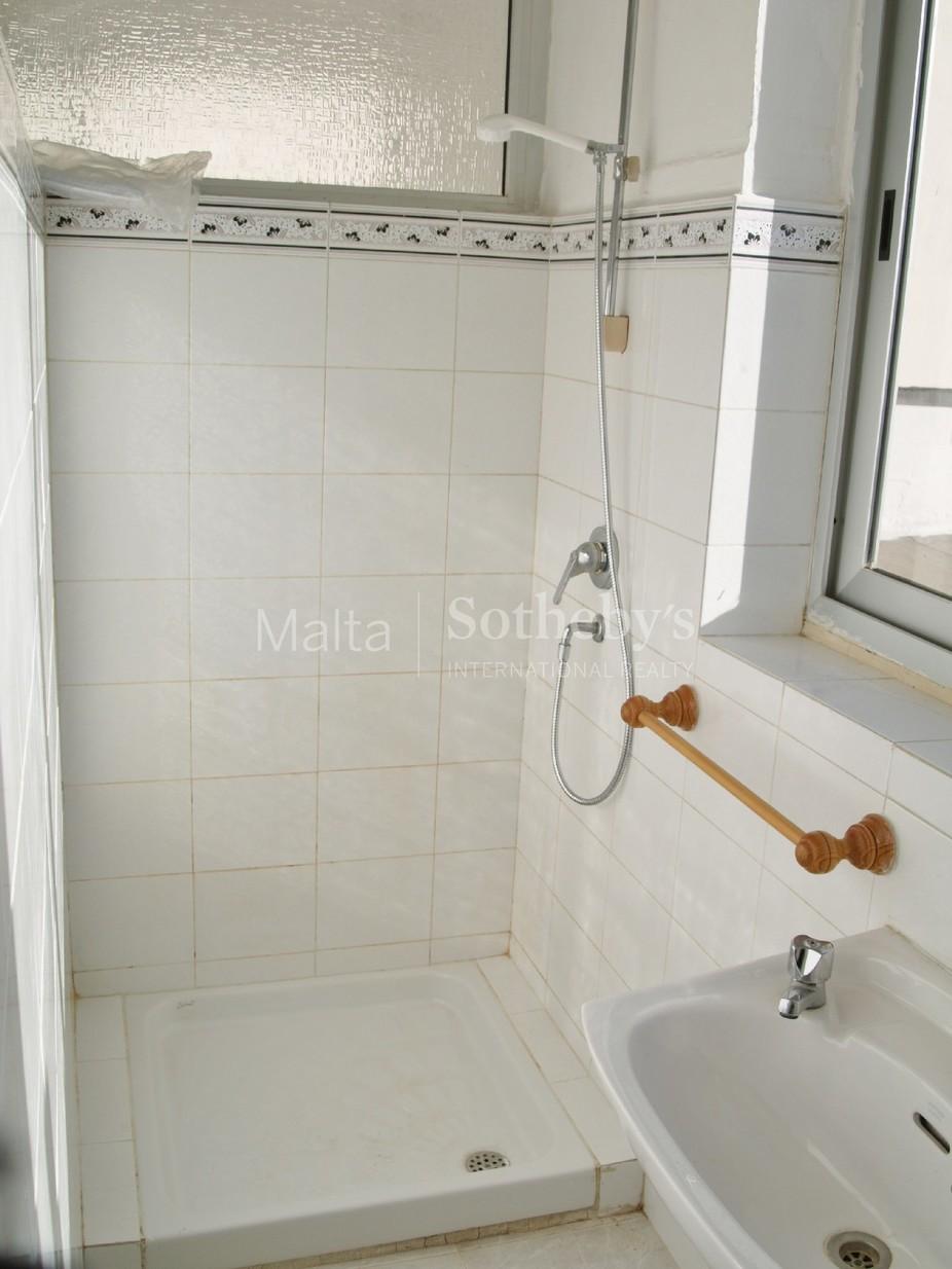 4 bed Villa For Rent in Swieqi, Swieqi - thumb 2