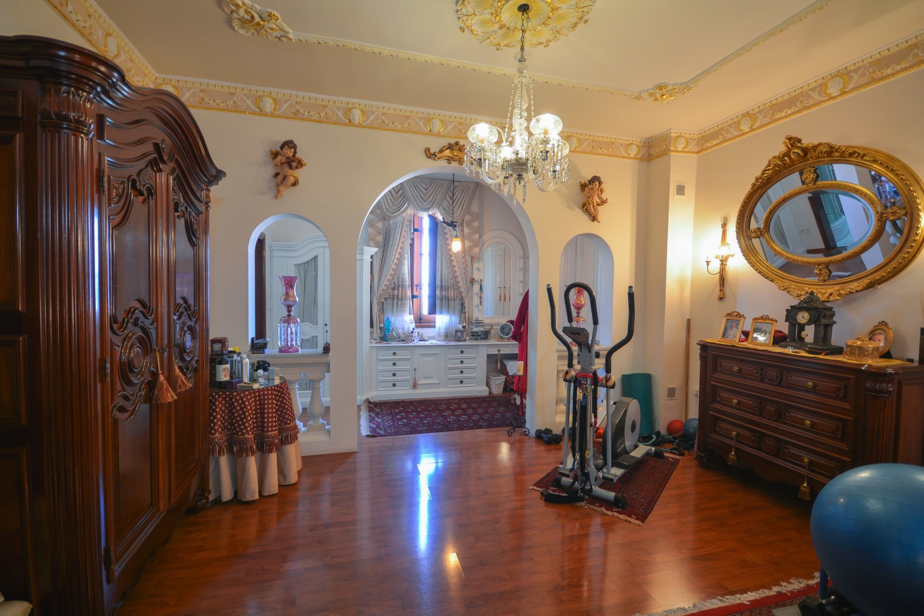 10 bed Villa For Sale in Madliena, Madliena - thumb 10