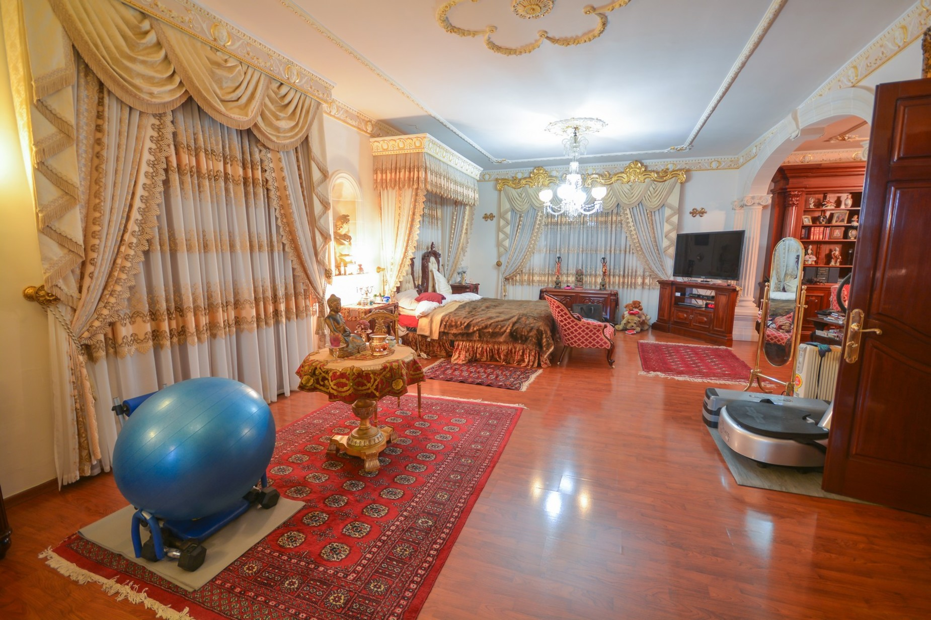 10 bed Villa For Sale in Madliena, Madliena - thumb 13