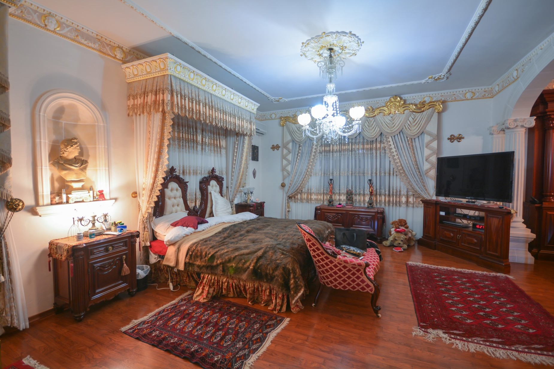 10 bed Villa For Sale in Madliena, Madliena - thumb 11
