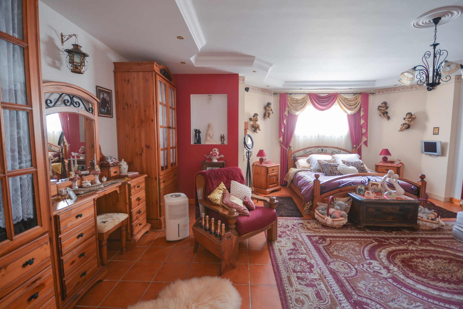 10 bed Villa For Sale in Madliena, Madliena - thumb 15
