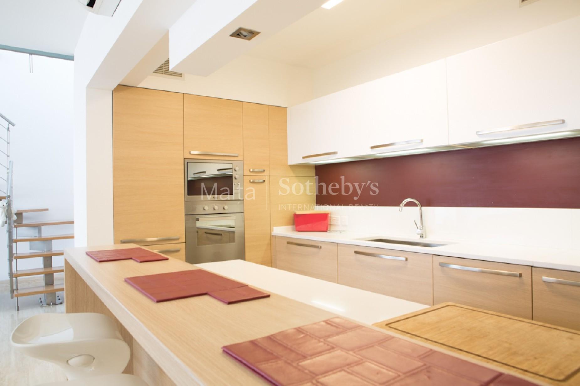 3 bed Penthouse For Rent in Balzan, Balzan - thumb 5