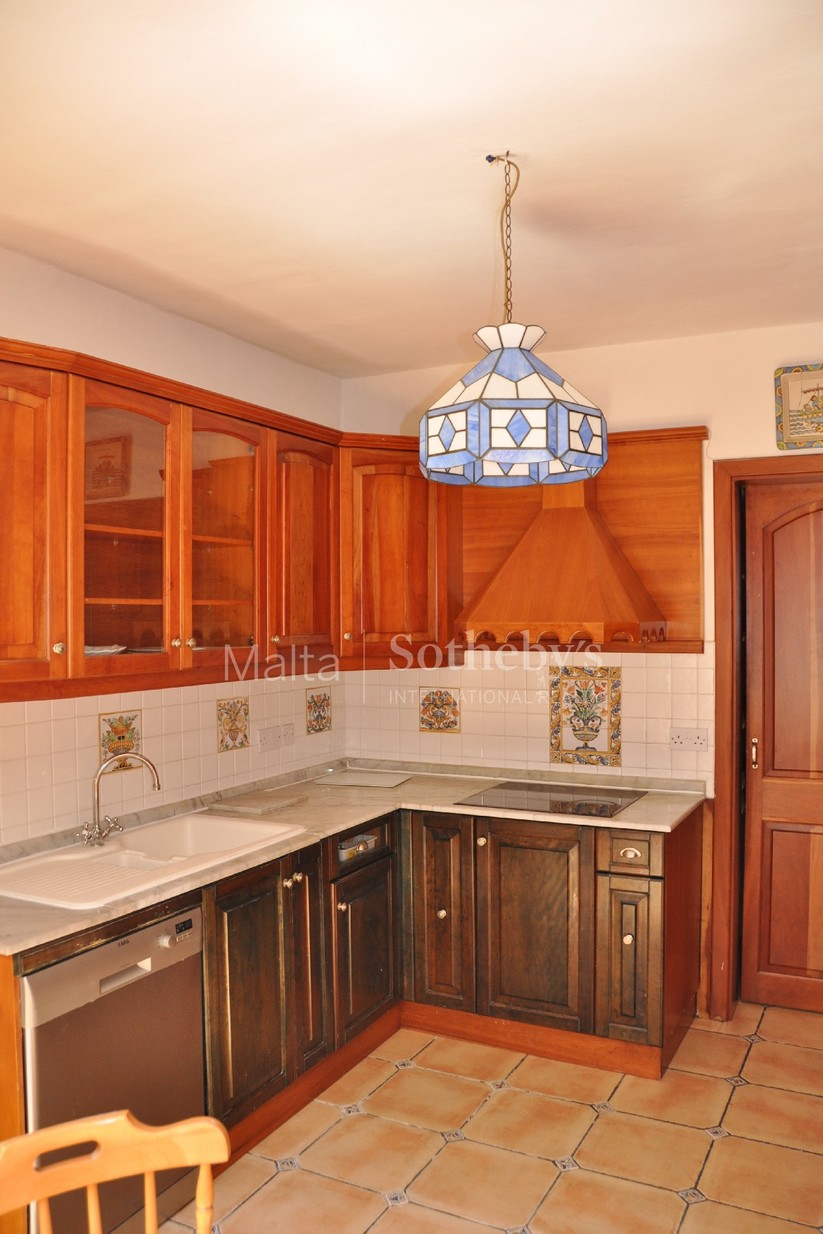 3 bed Town House For Rent in St Julian's, St Julian's - thumb 10