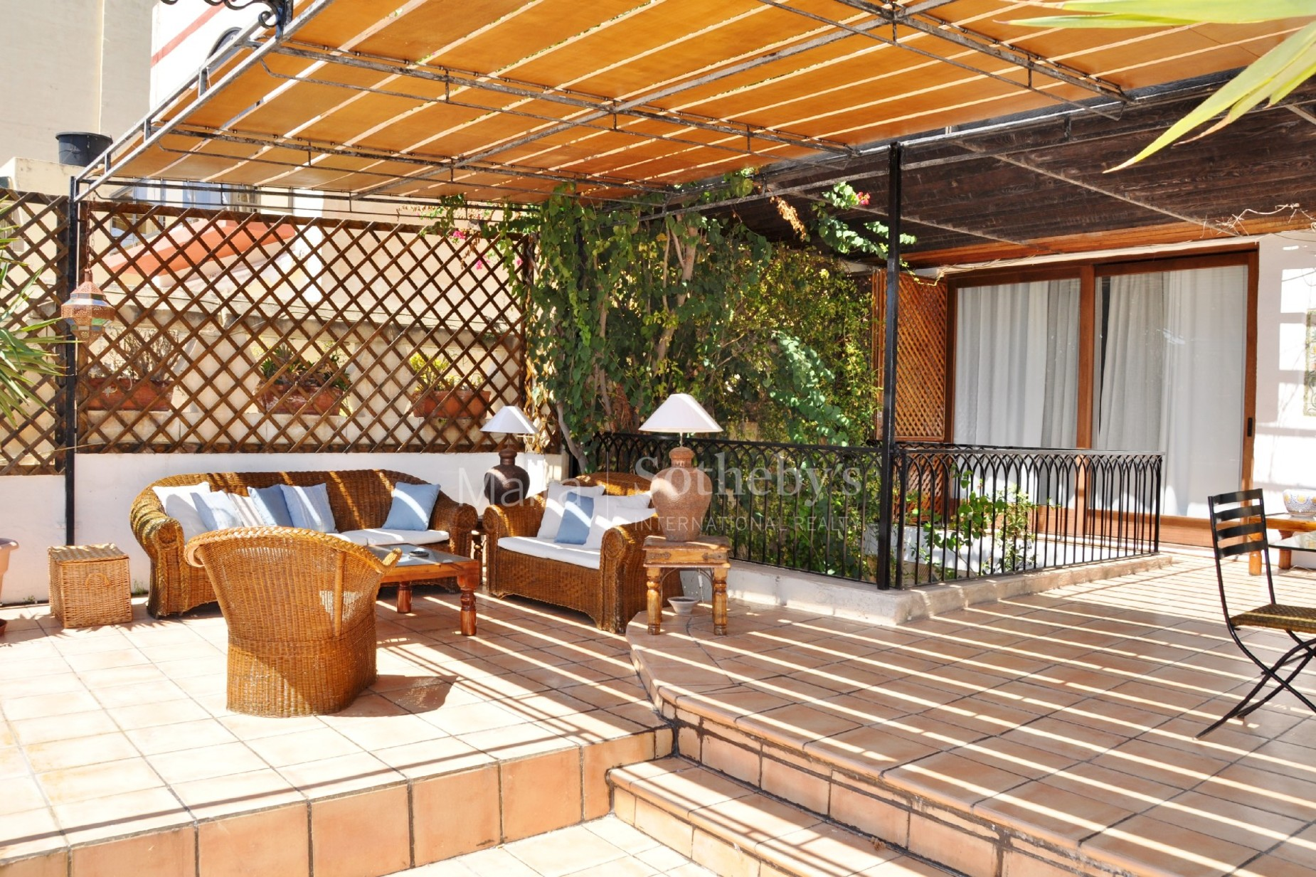 3 bed Town House For Rent in St Julian's, St Julian's - thumb 2
