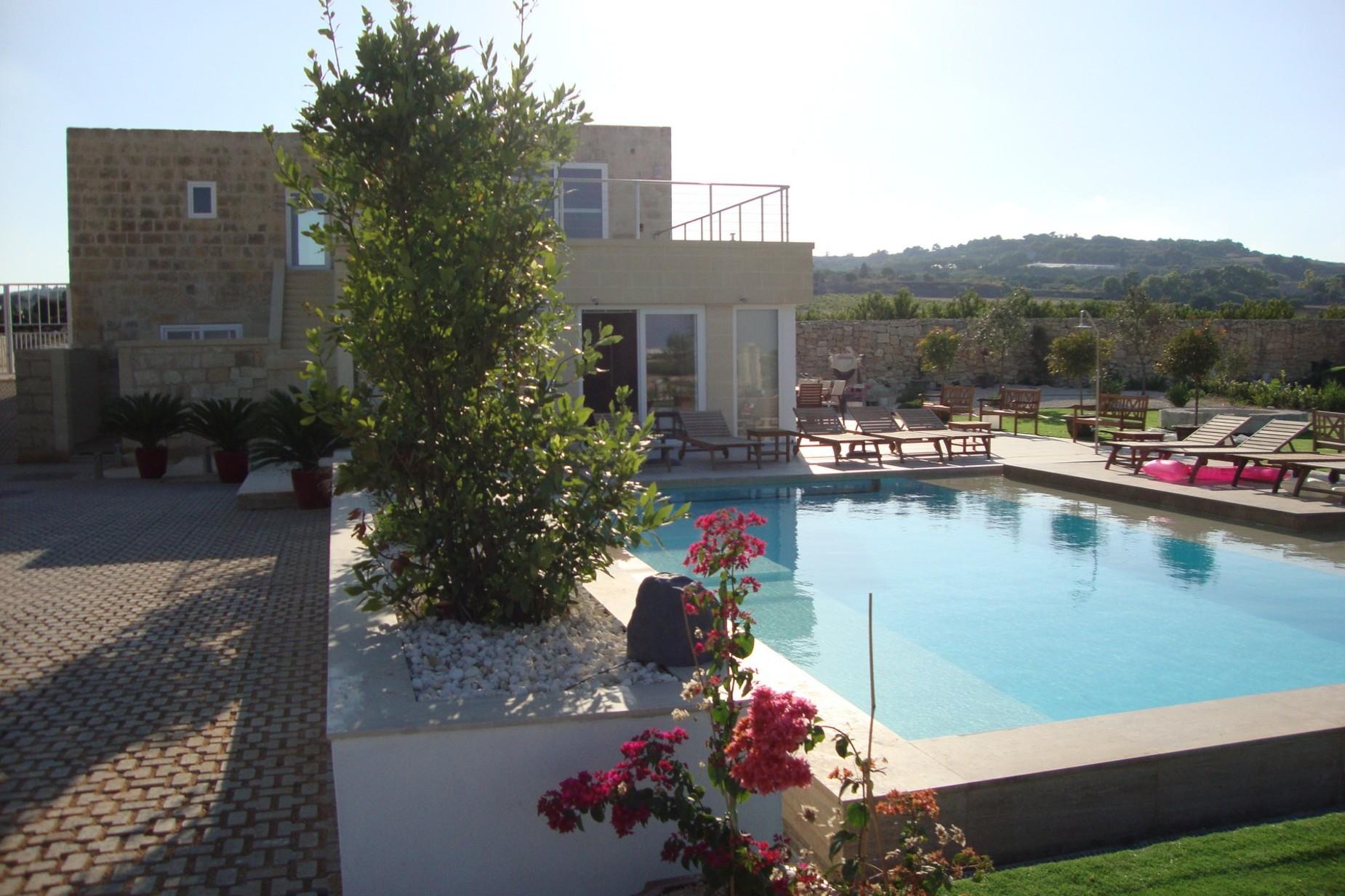 3 bed Villa For Rent in Siggiewi, Siggiewi - thumb 3