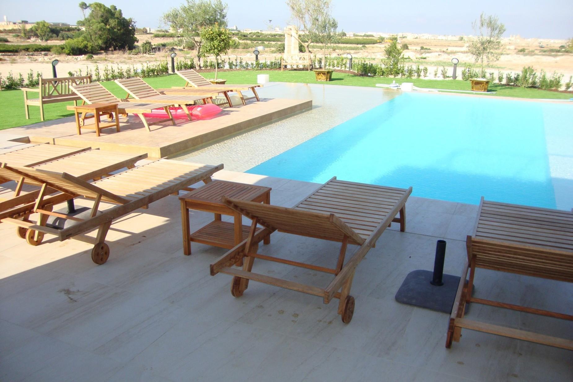 3 bed Villa For Rent in Siggiewi, Siggiewi - thumb 8