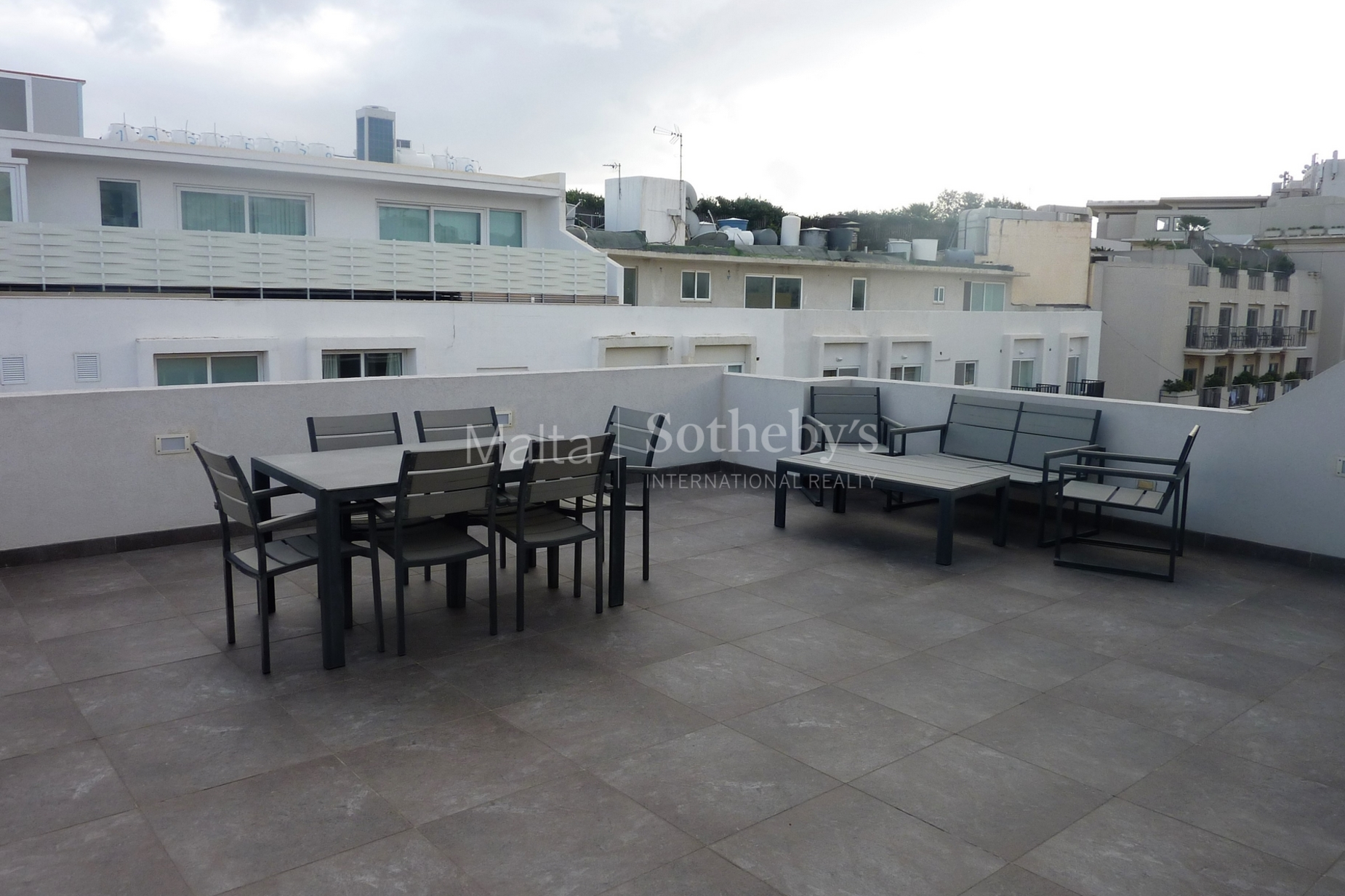 0 bed Penthouse For Rent in St Julian's, St Julian's - thumb 2