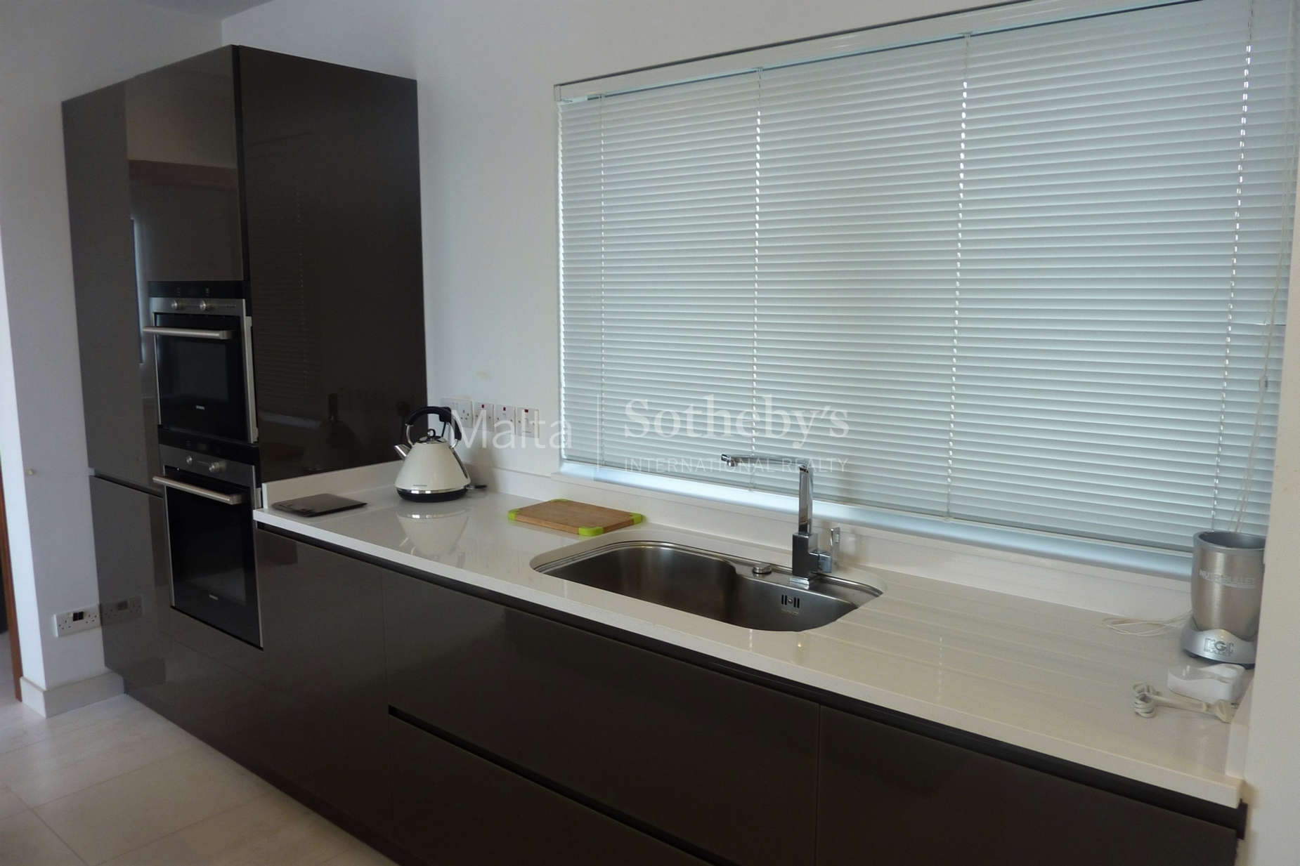 0 bed Penthouse For Rent in St Julian's, St Julian's - thumb 6
