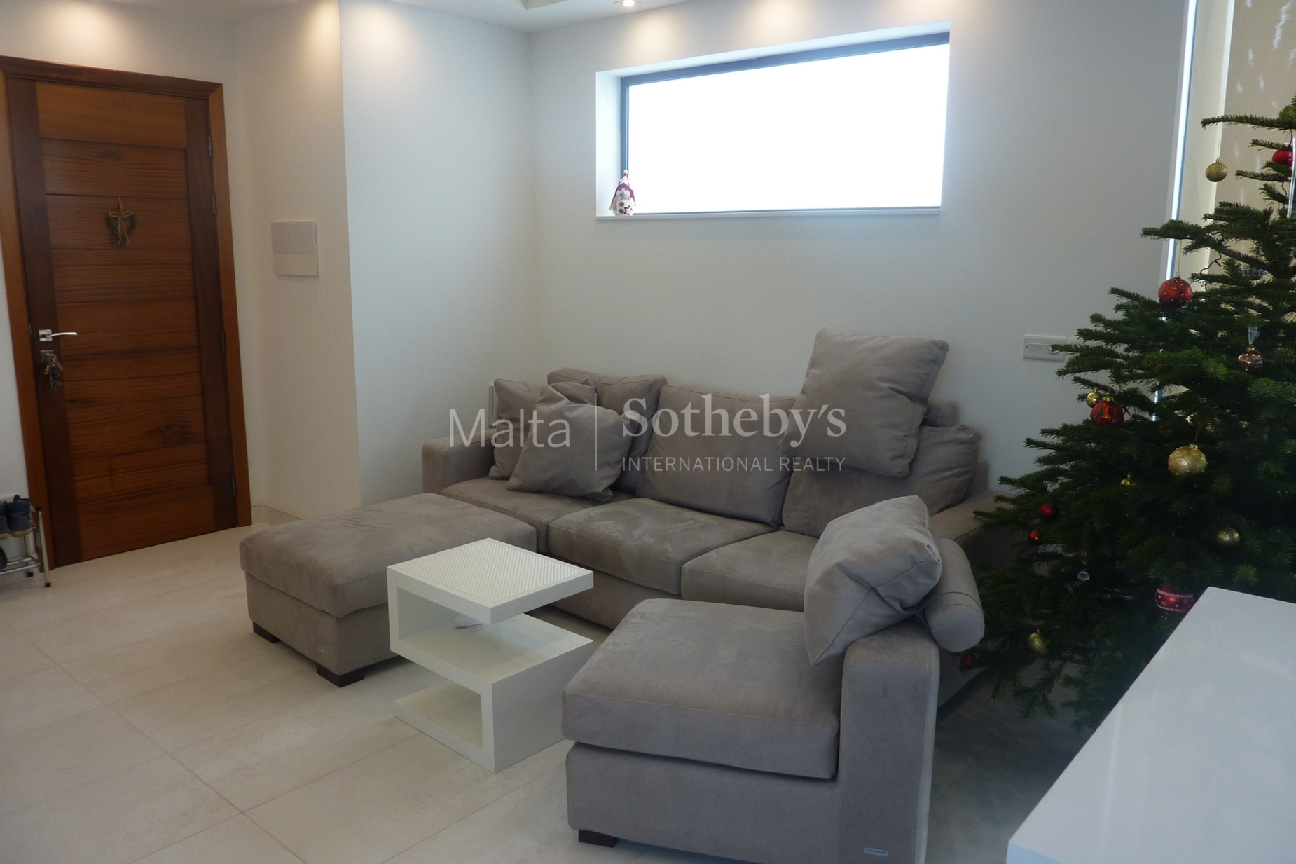 0 bed Penthouse For Rent in St Julian's, St Julian's - thumb 4