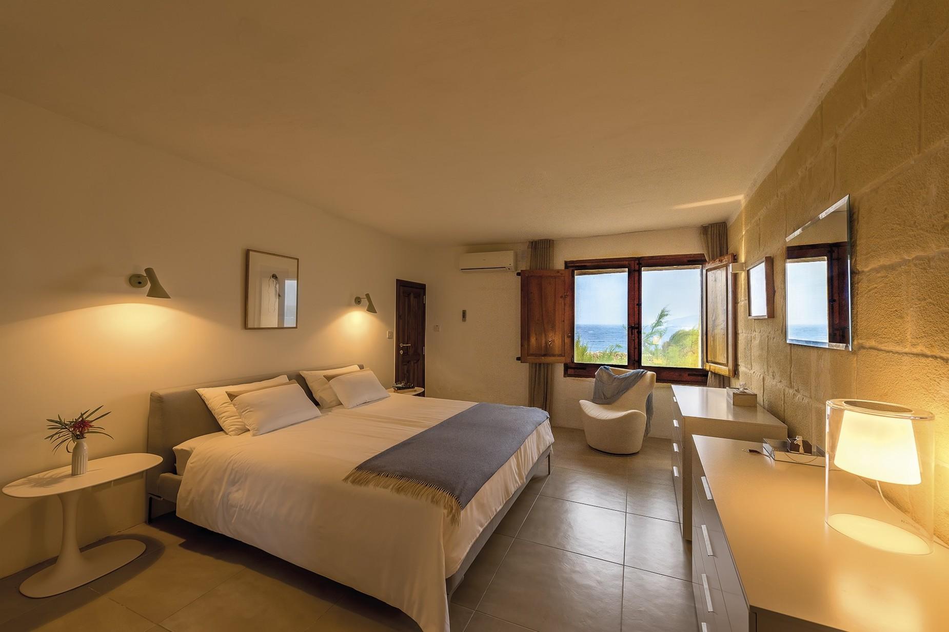6 bed Villa For Rent in Qala, Qala - thumb 11