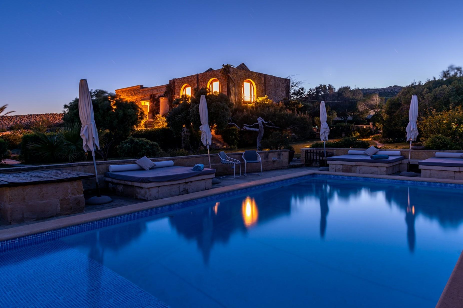 6 bed Villa For Rent in Qala, Qala - thumb 20