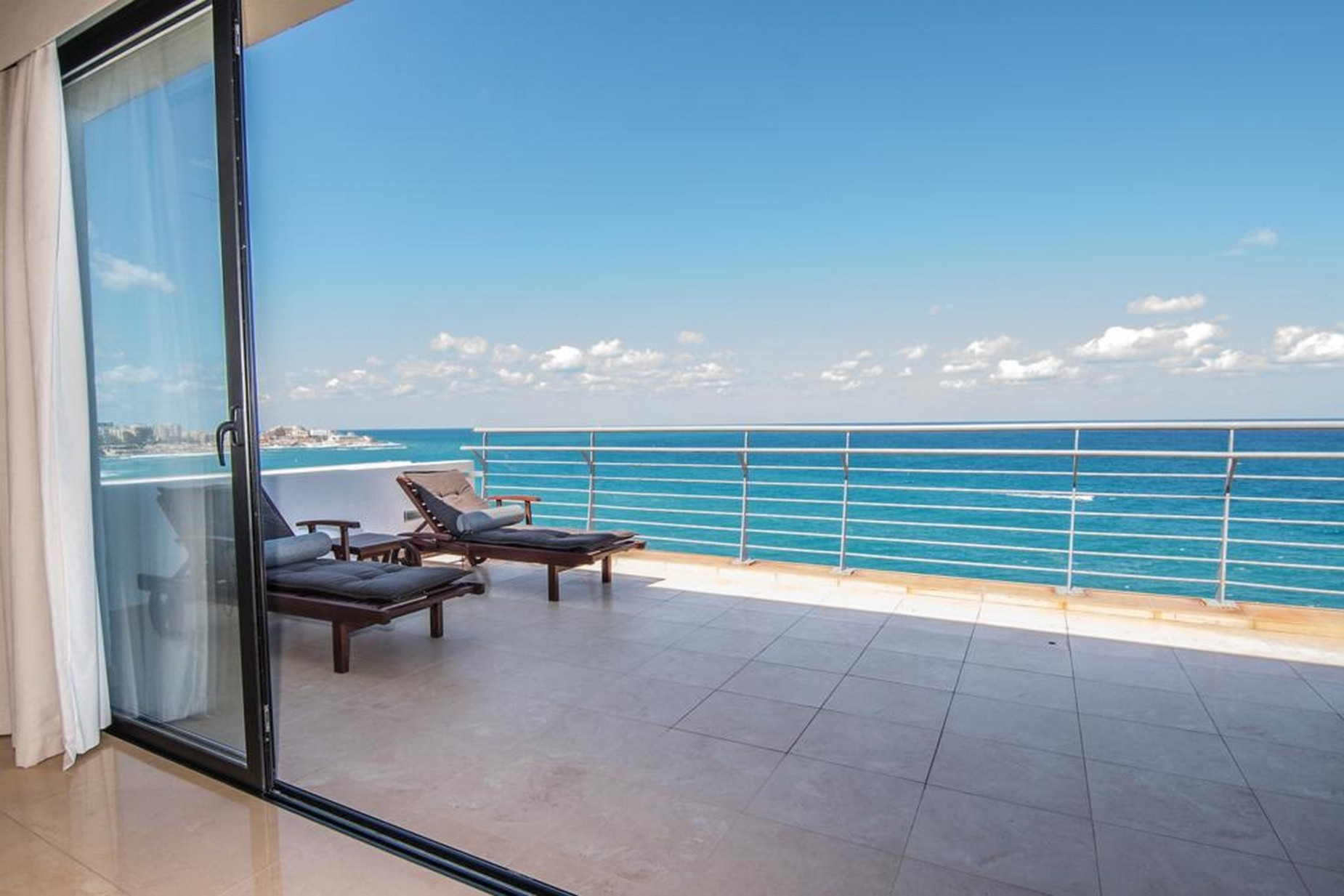 3 bed Penthouse For Rent in Sliema, Sliema - thumb 17