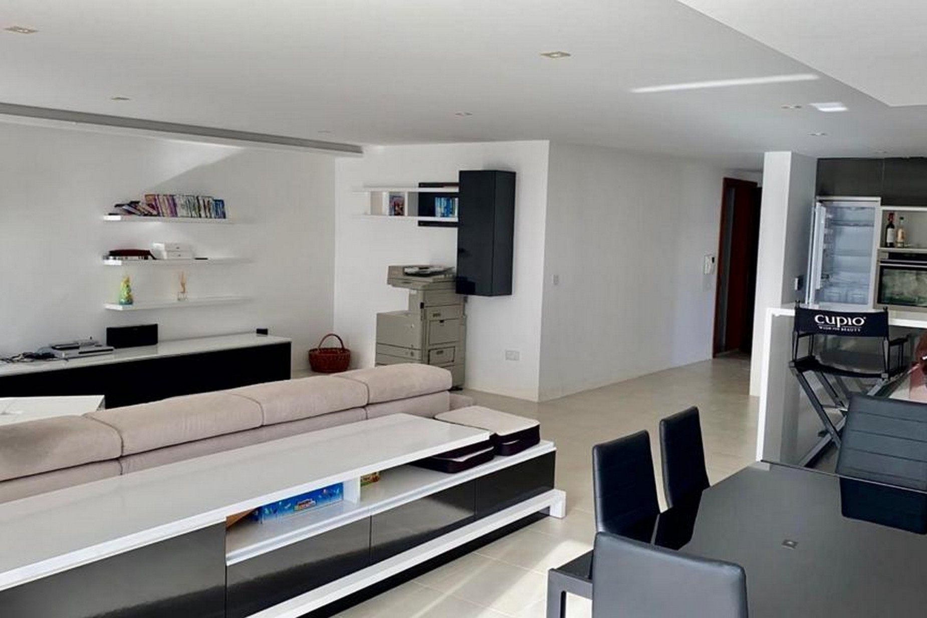 3 bed Penthouse For Rent in St Julian's, Ta Giorni - thumb 2
