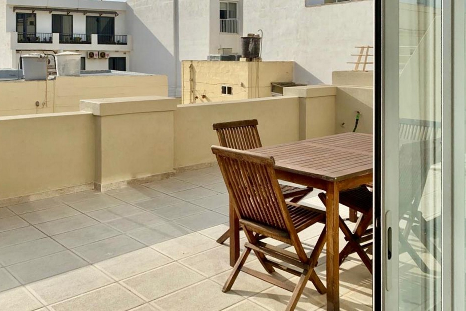 3 bed Penthouse For Rent in St Julian's, Ta Giorni - thumb 4
